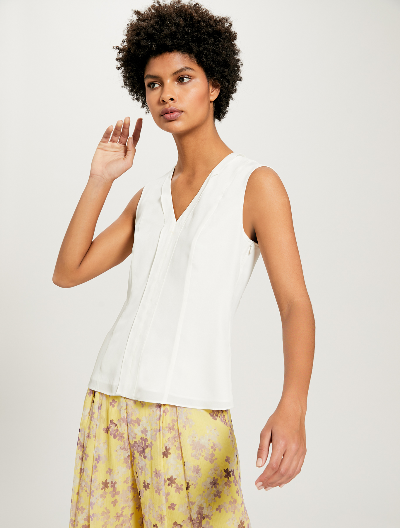Slim-fit flounce top - ivory - pennyblack