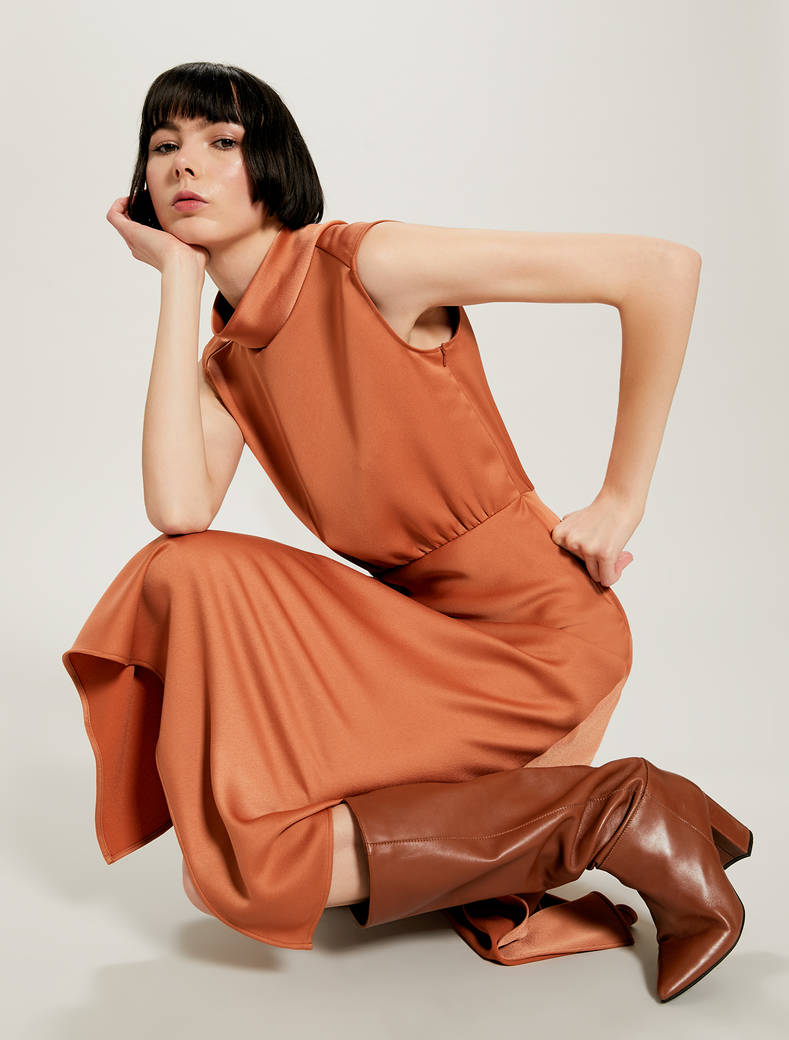 Satin dress with slits - hazelnut - pennyblack