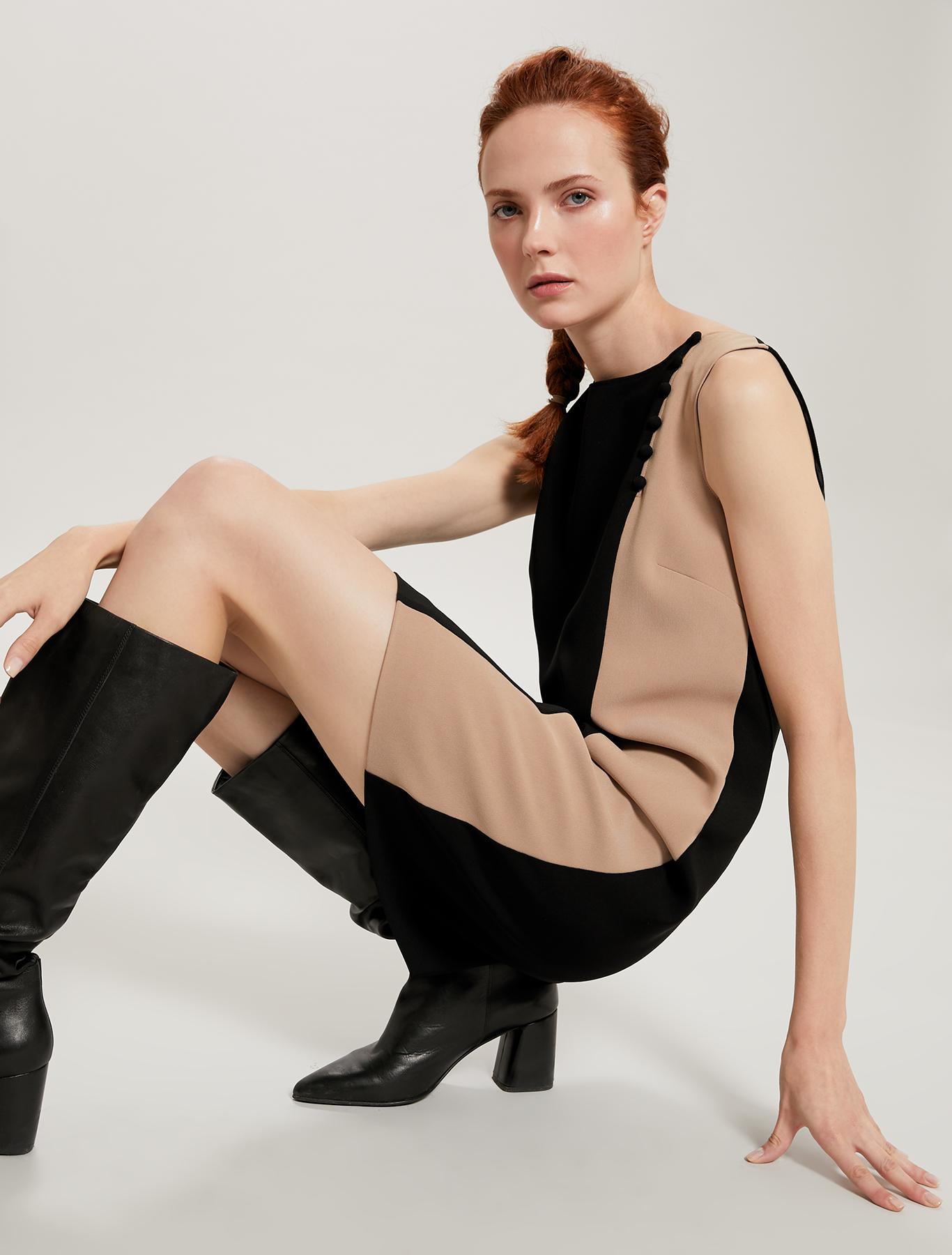 Colour-block dress with boule buttons - black - pennyblack