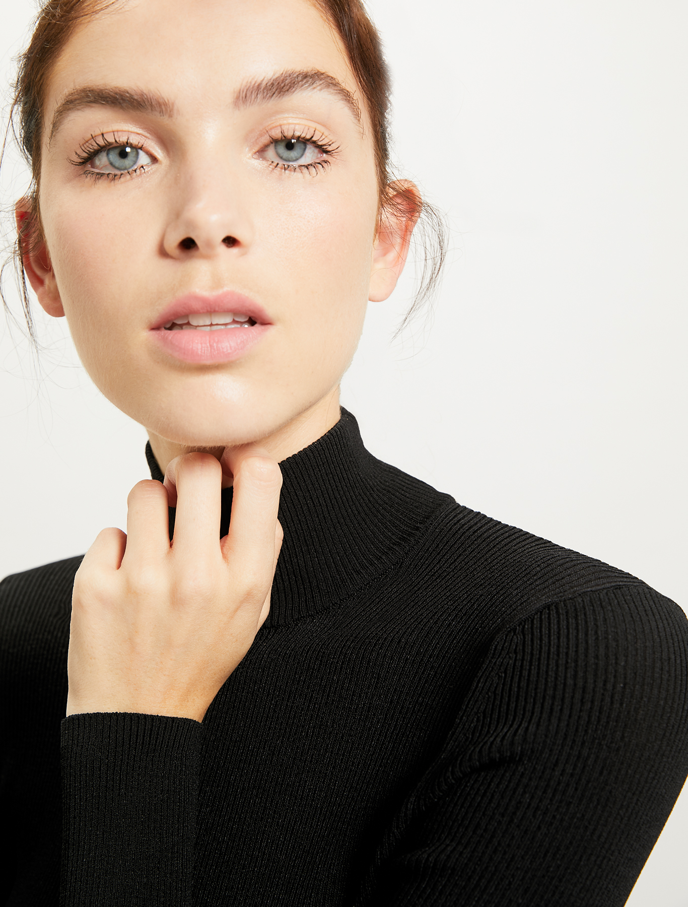 Ribbed knit turtleneck - black - pennyblack