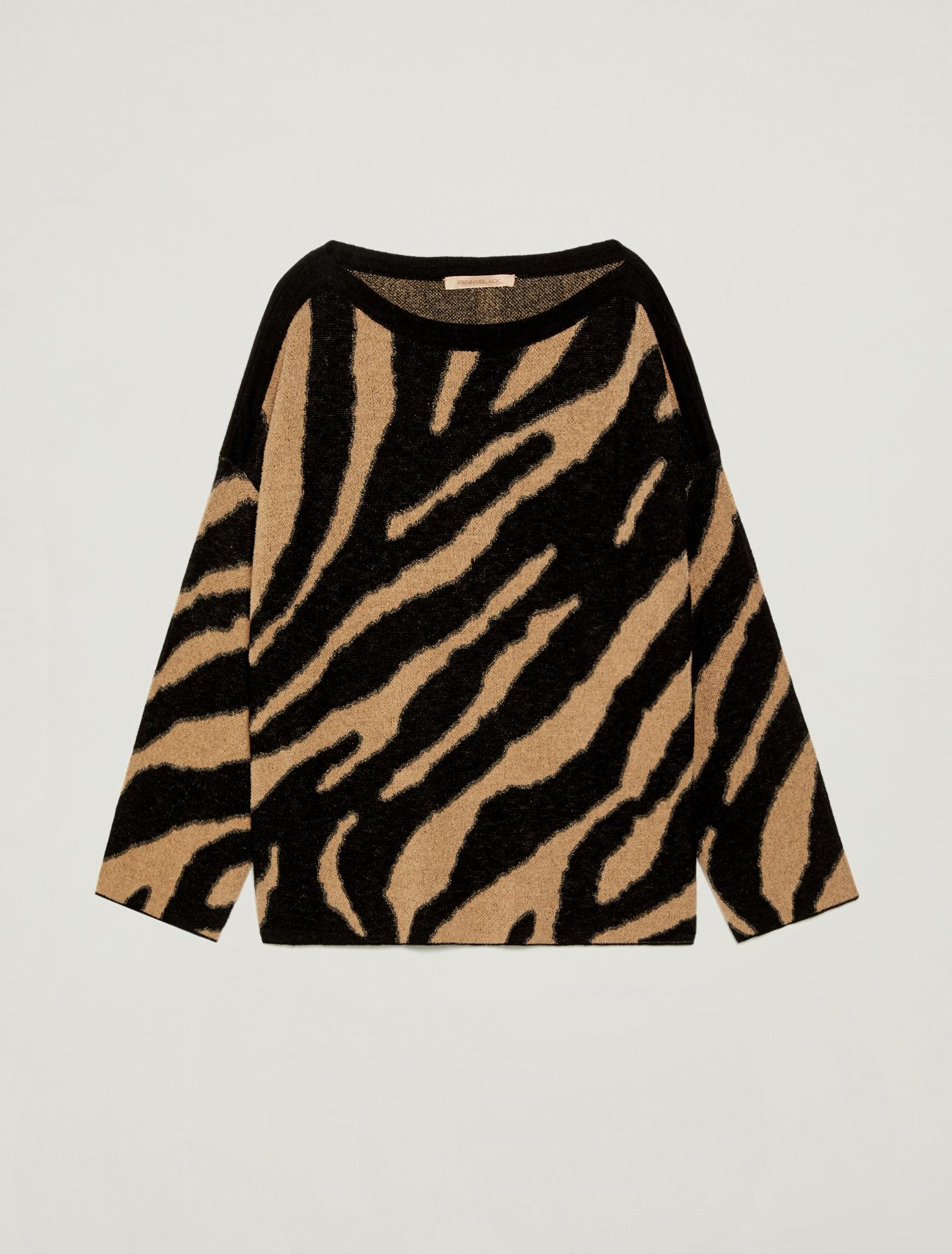 Animal print jacquard jumper - camel pattern - pennyblack