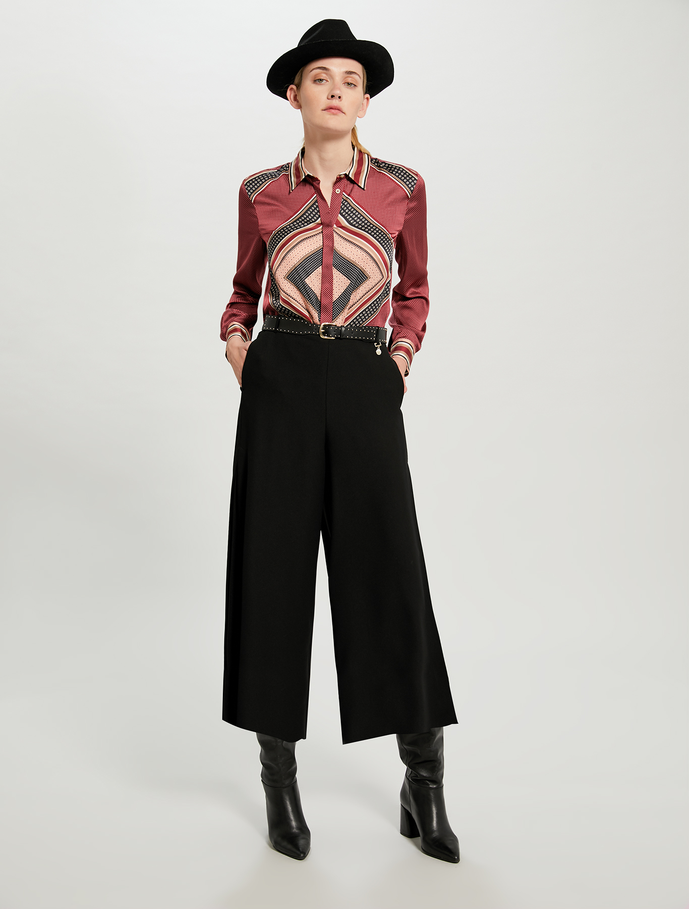 Shirt in scarf print satin - red pattern - pennyblack