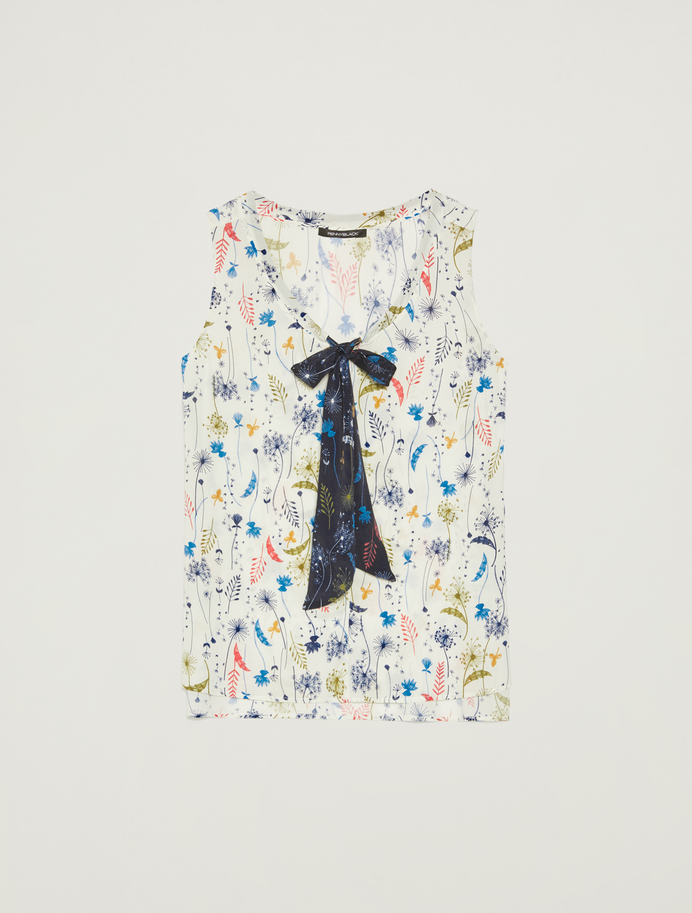 Top with plant print and bow - ivory pattern - pennyblack