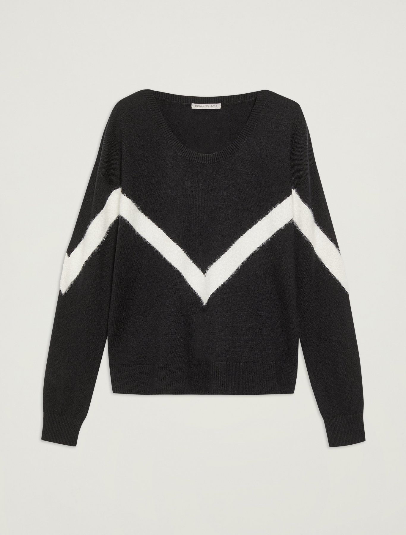 Sweater with geometric inlay - black - pennyblack