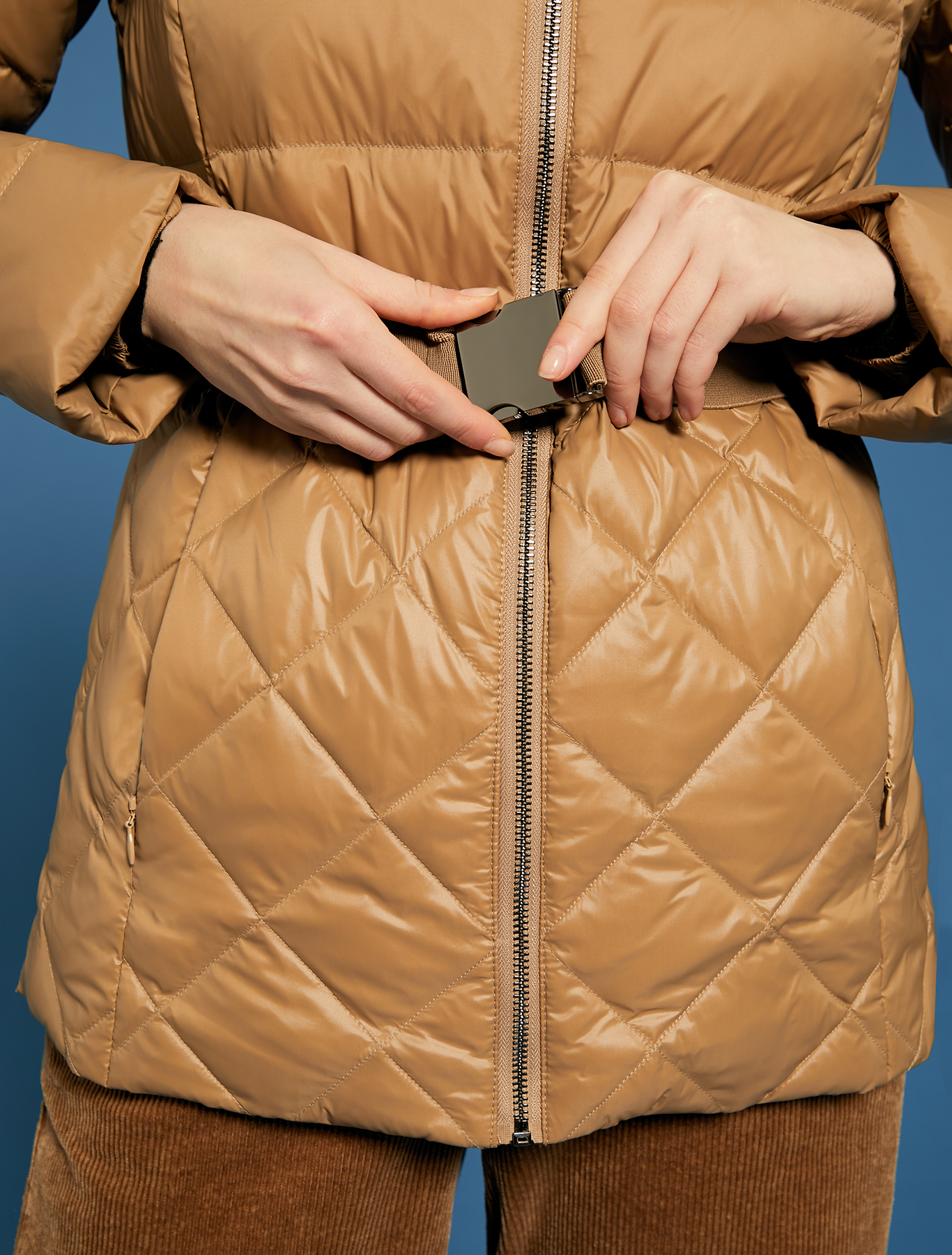 Slim fit matt-glossy down jacket - beige - pennyblack