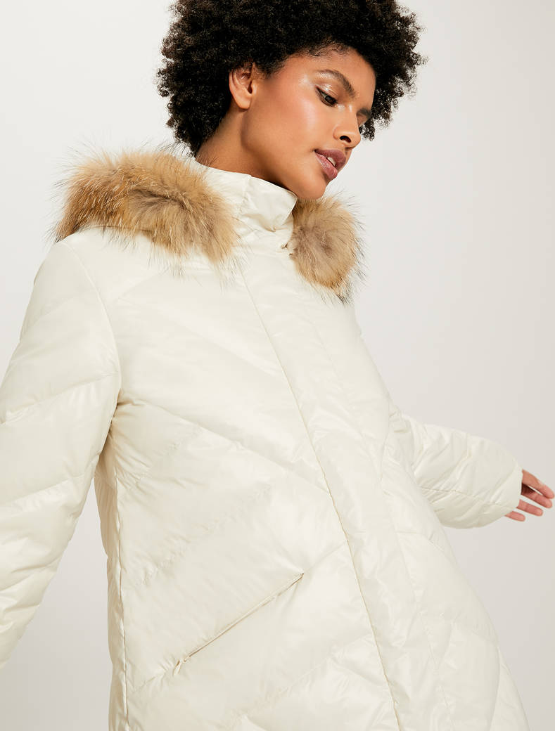 Down jacket with diagonal stitching - white - pennyblack
