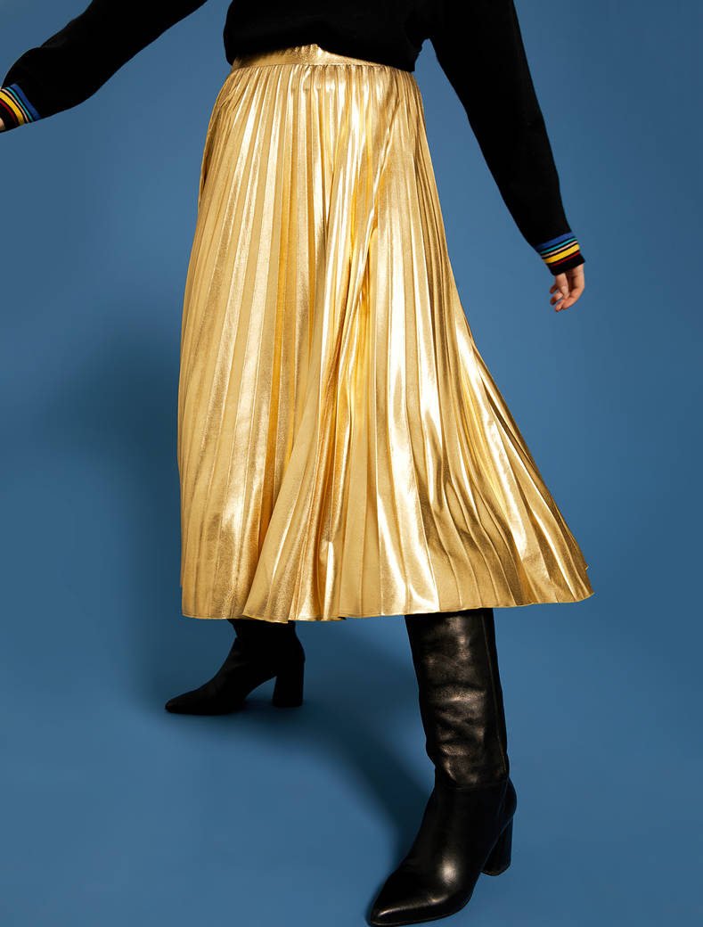 Laminated pleated midi skirt - gold - pennyblack
