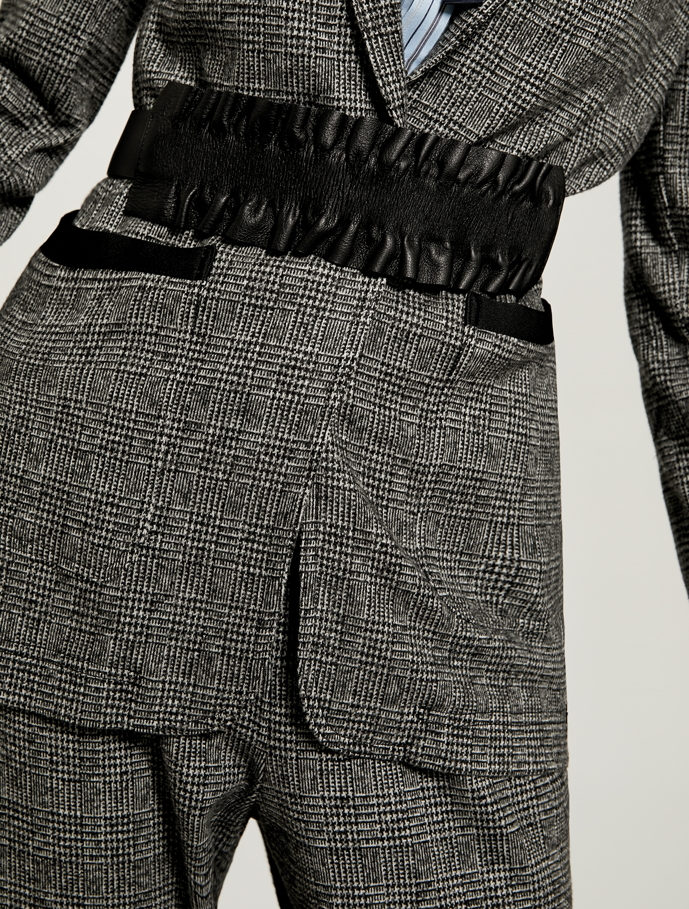 Belt with detachable ruffle - black - pennyblack