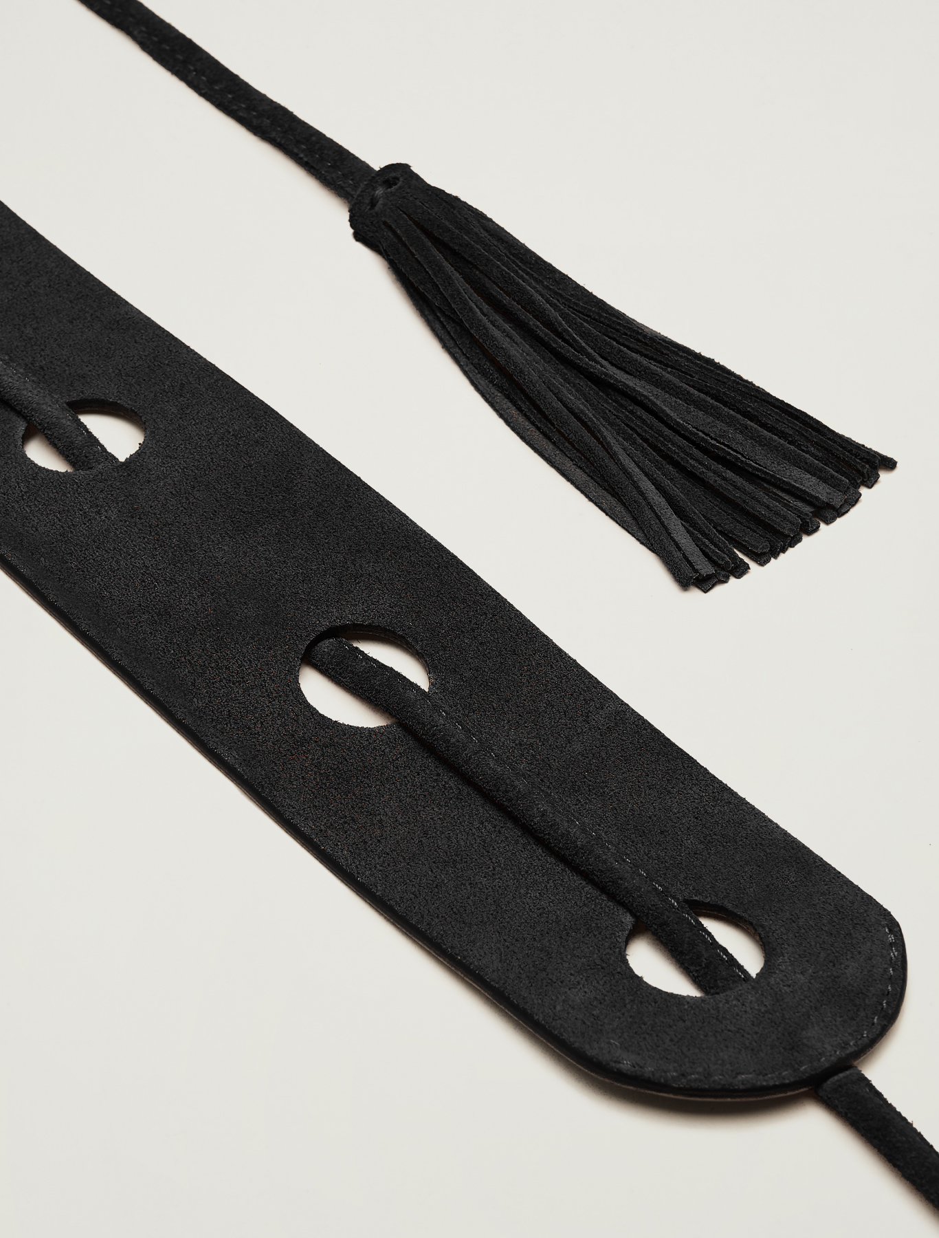 Belt with inlays and tassels - black - pennyblack