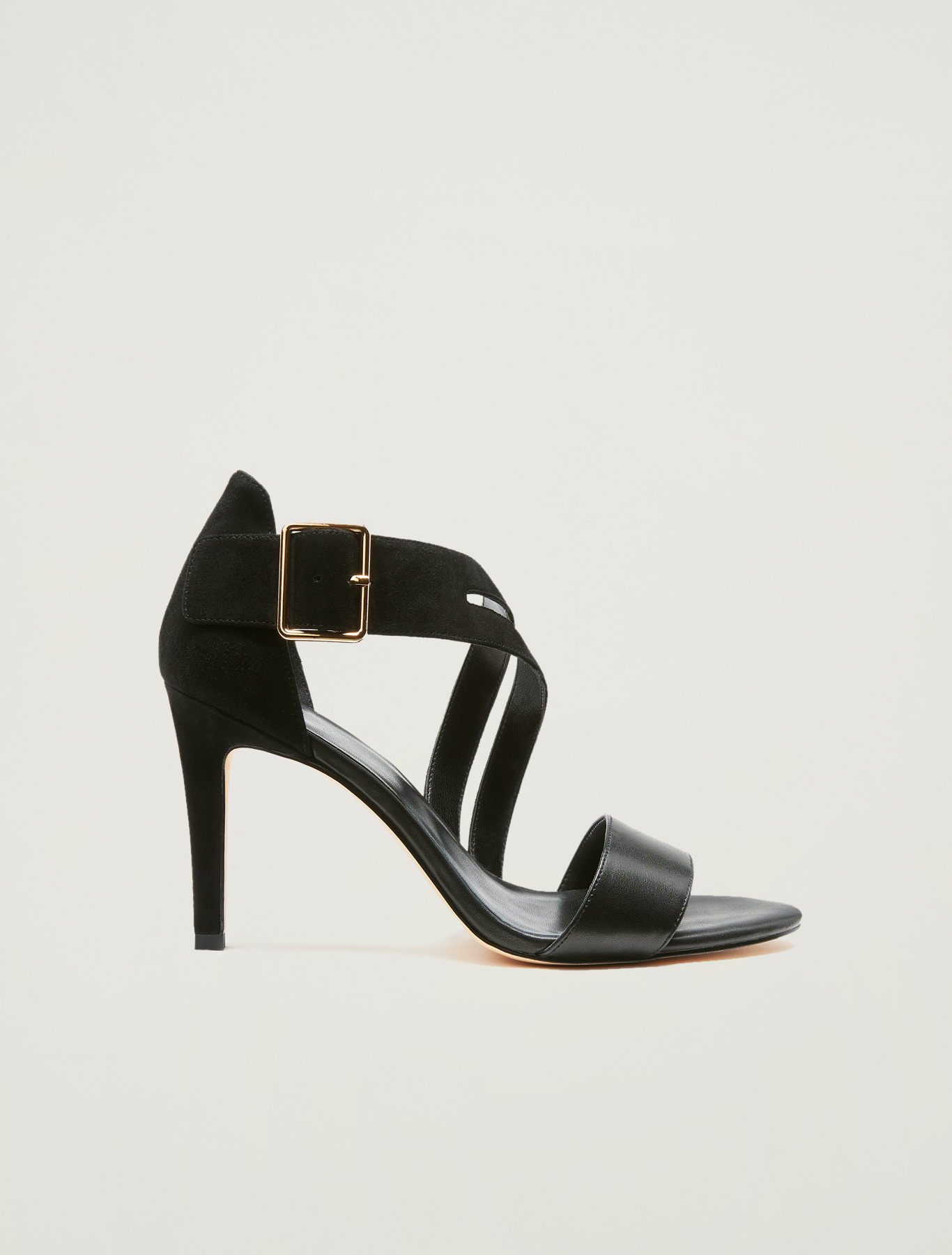 Sandals with asymmetric band - black - pennyblack