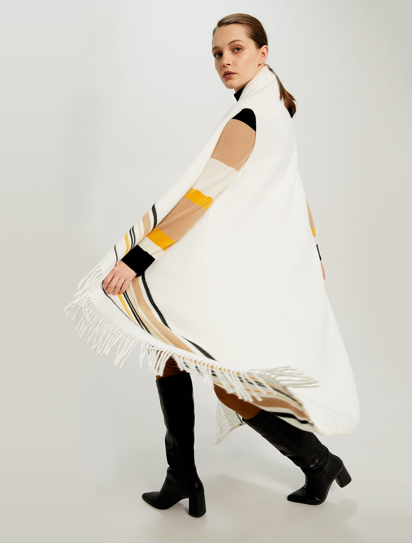 Fringed poncho with stripes - white - pennyblack