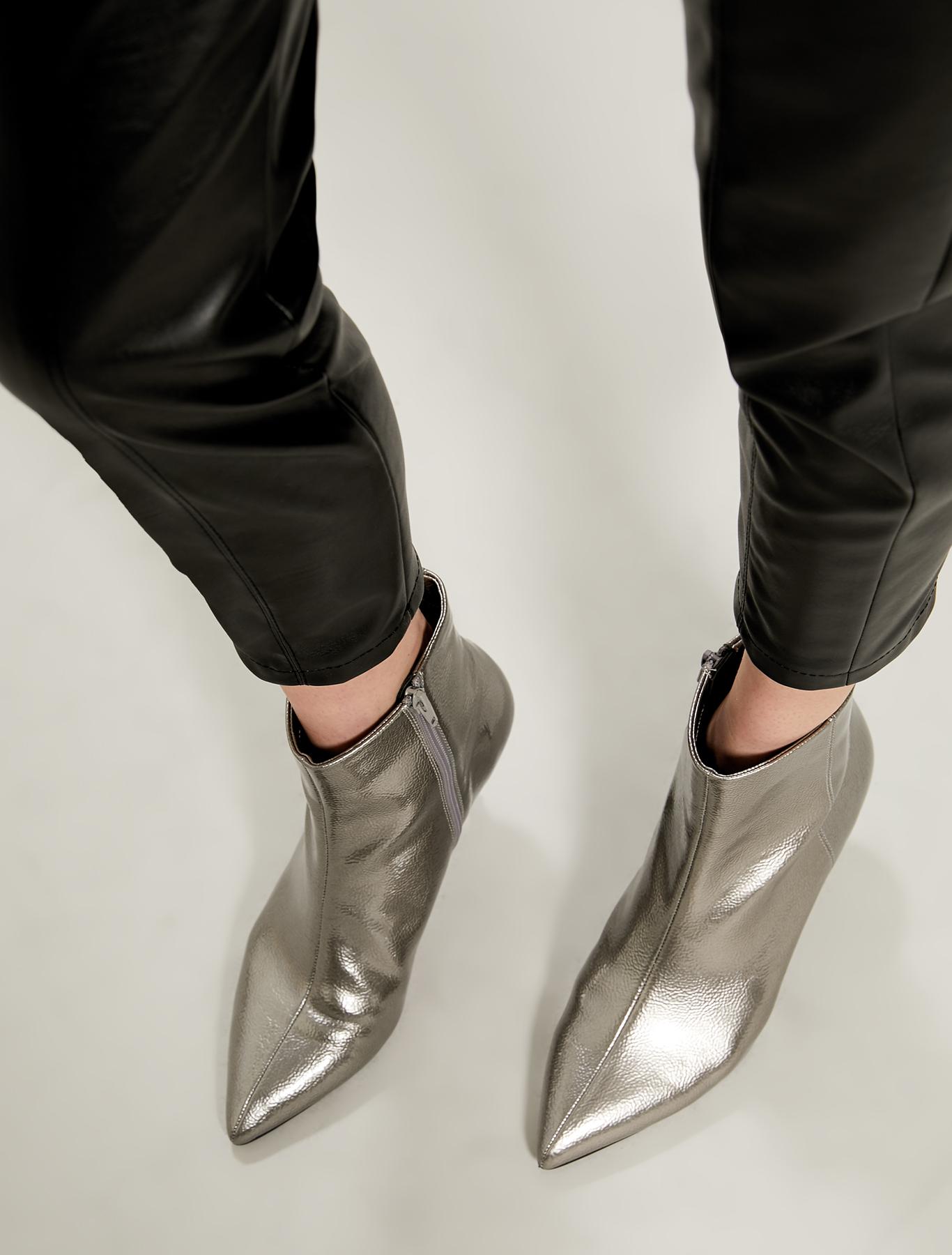 Laminated kitten heel boots - silver - pennyblack