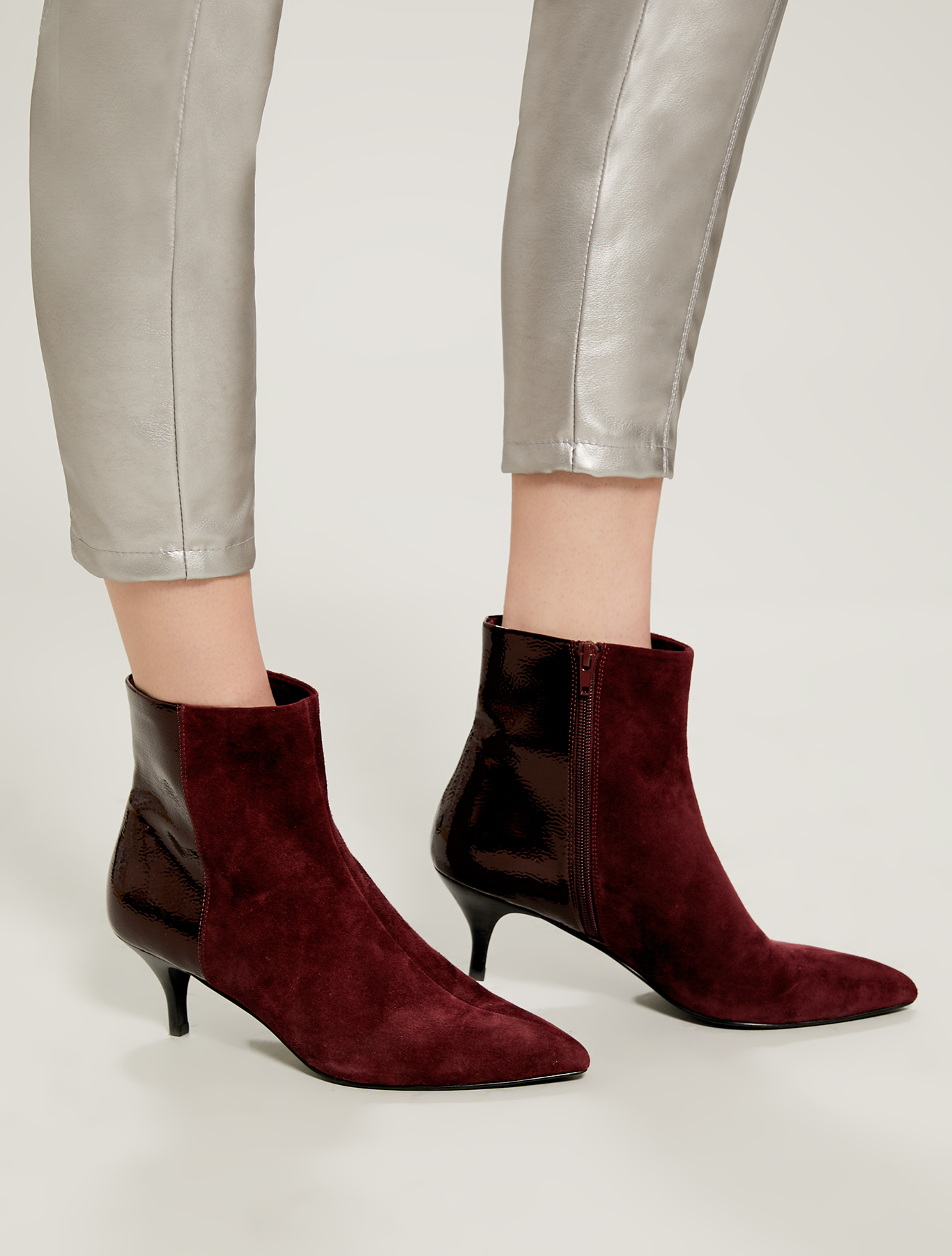 High heels in suede and patent leather - burgundy - pennyblack