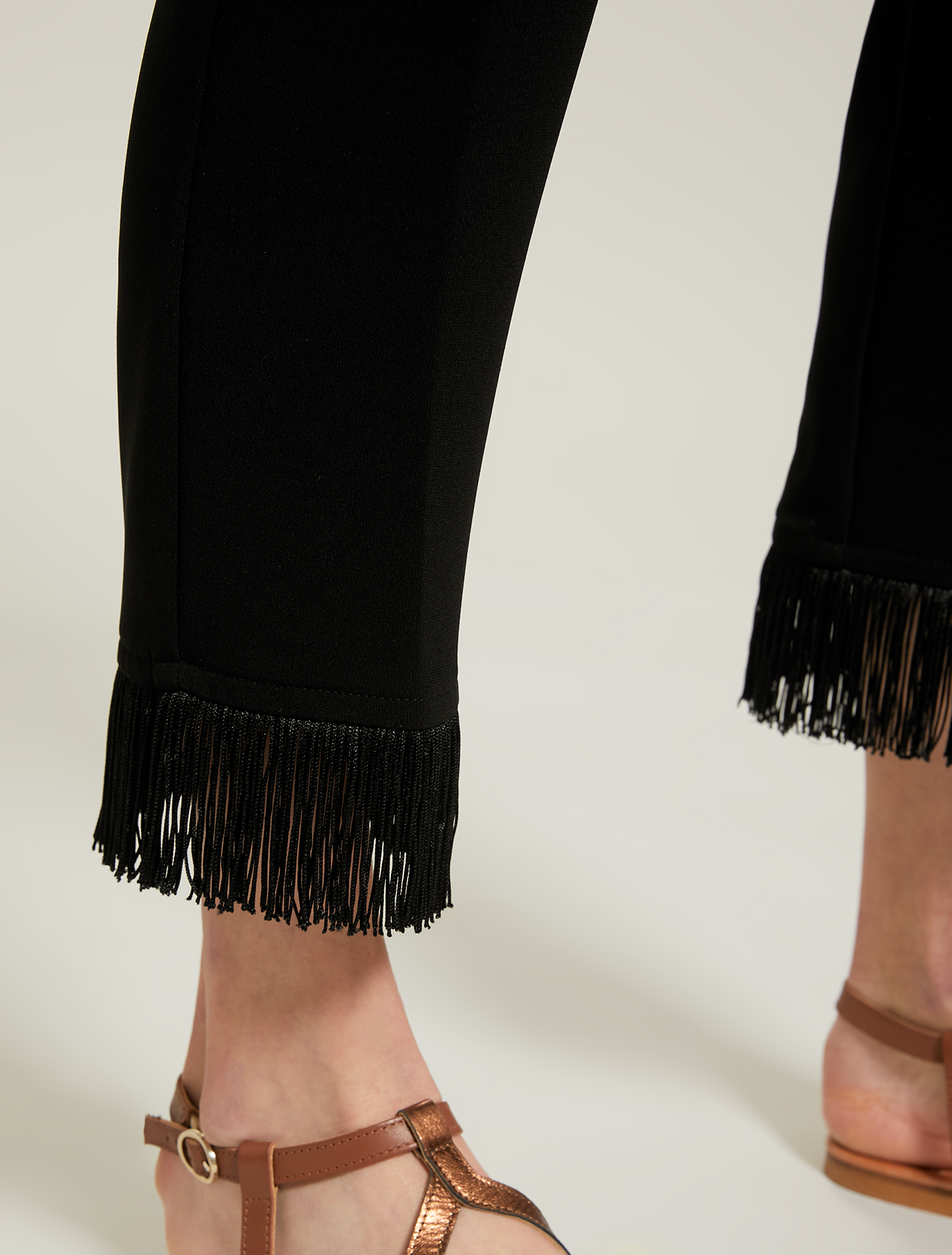 Slim trousers with fringes - black - pennyblack