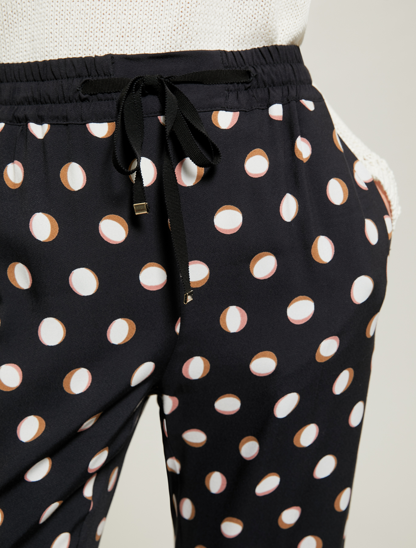 Flowing polka dot trousers - black pattern - pennyblack