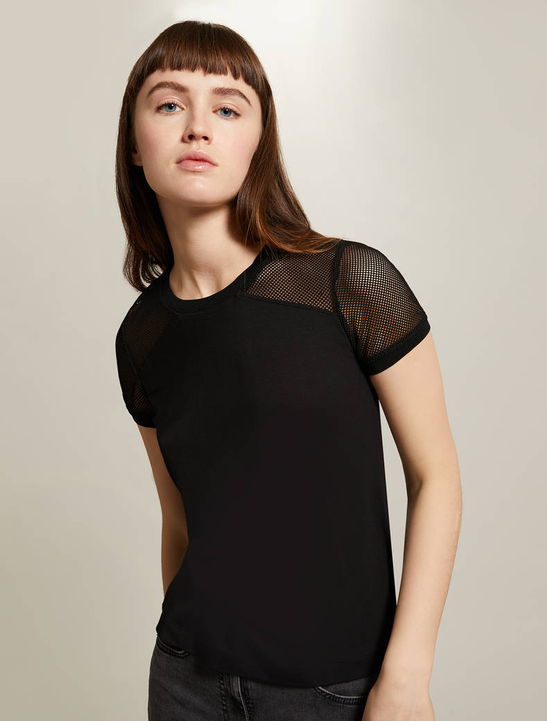 T-shirt with technical mesh inserts - black - pennyblack