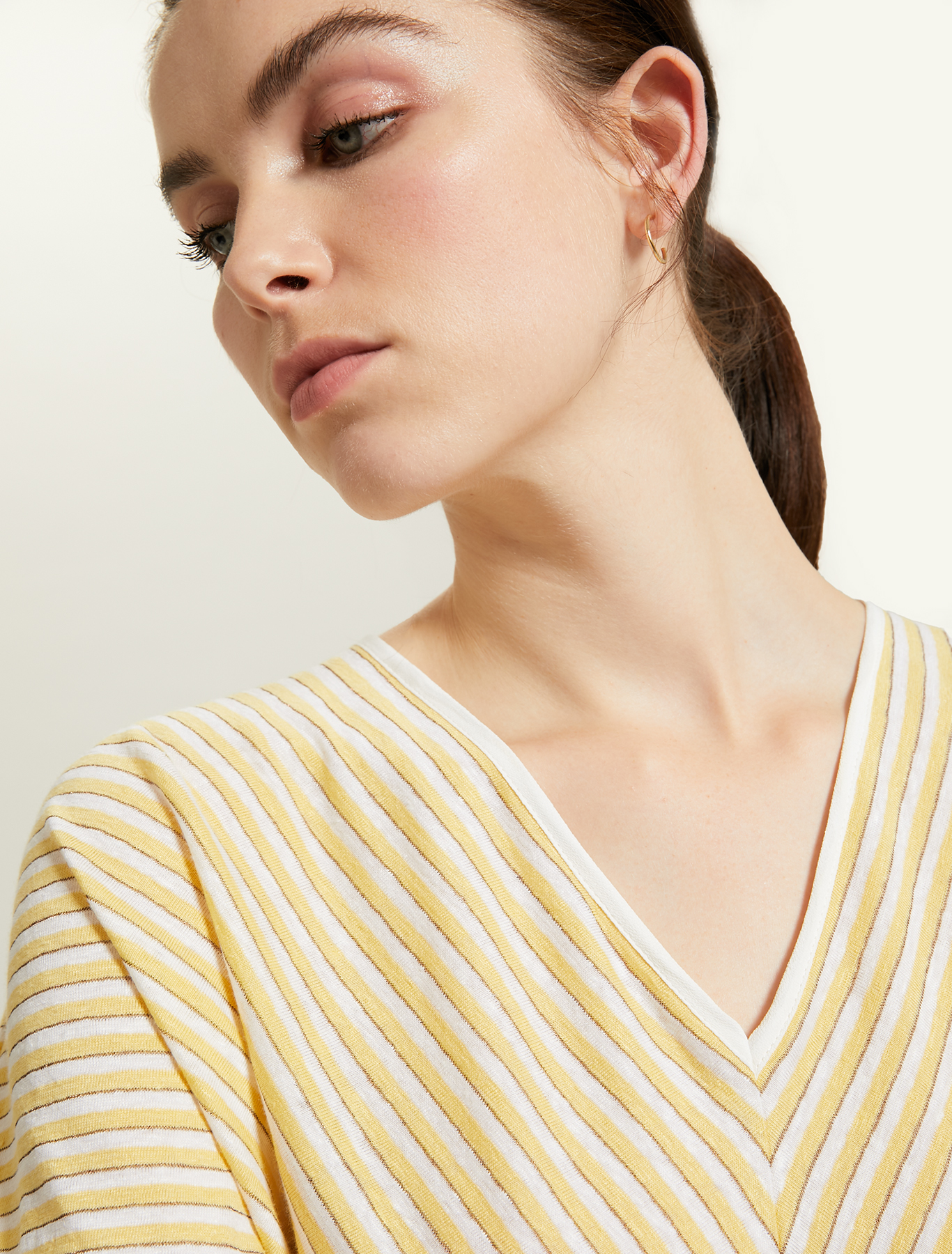 Linen jersey T-shirt - soft yellow pattern - pennyblack
