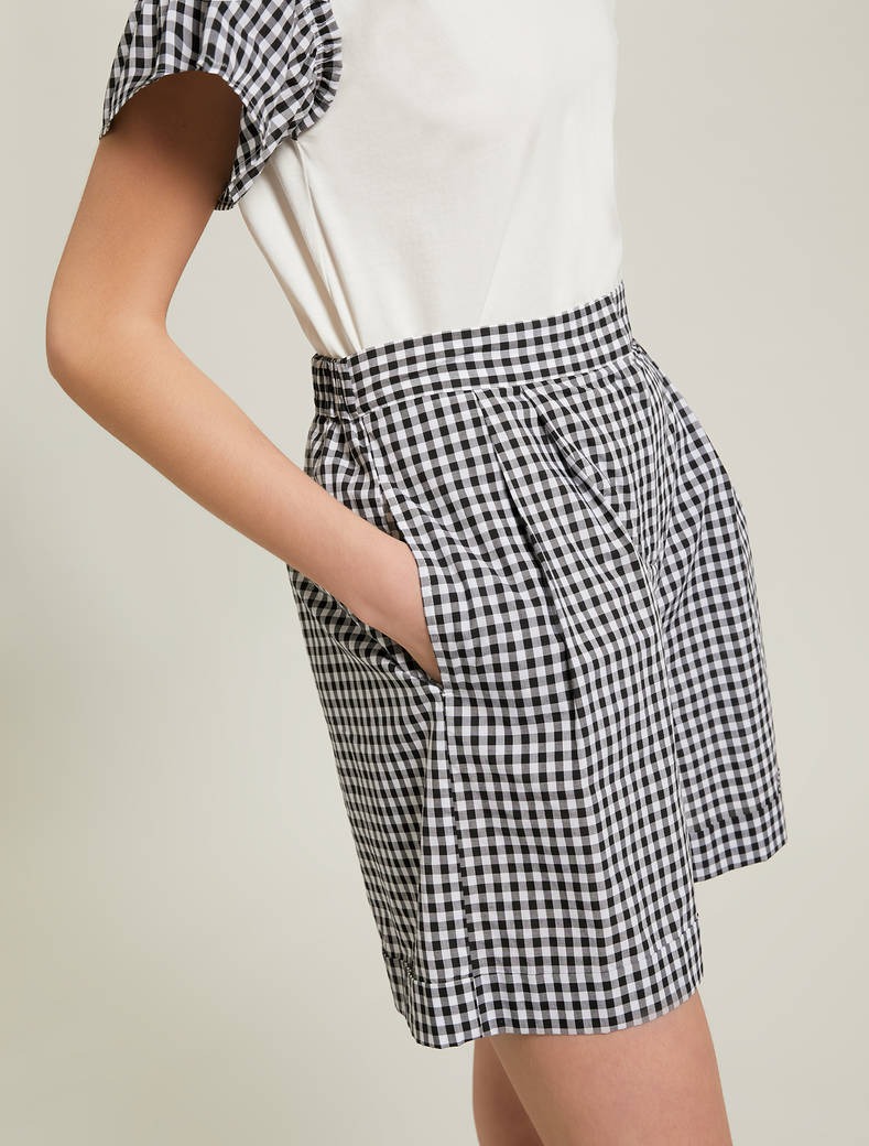 Gingham check shorts - white pattern - pennyblack