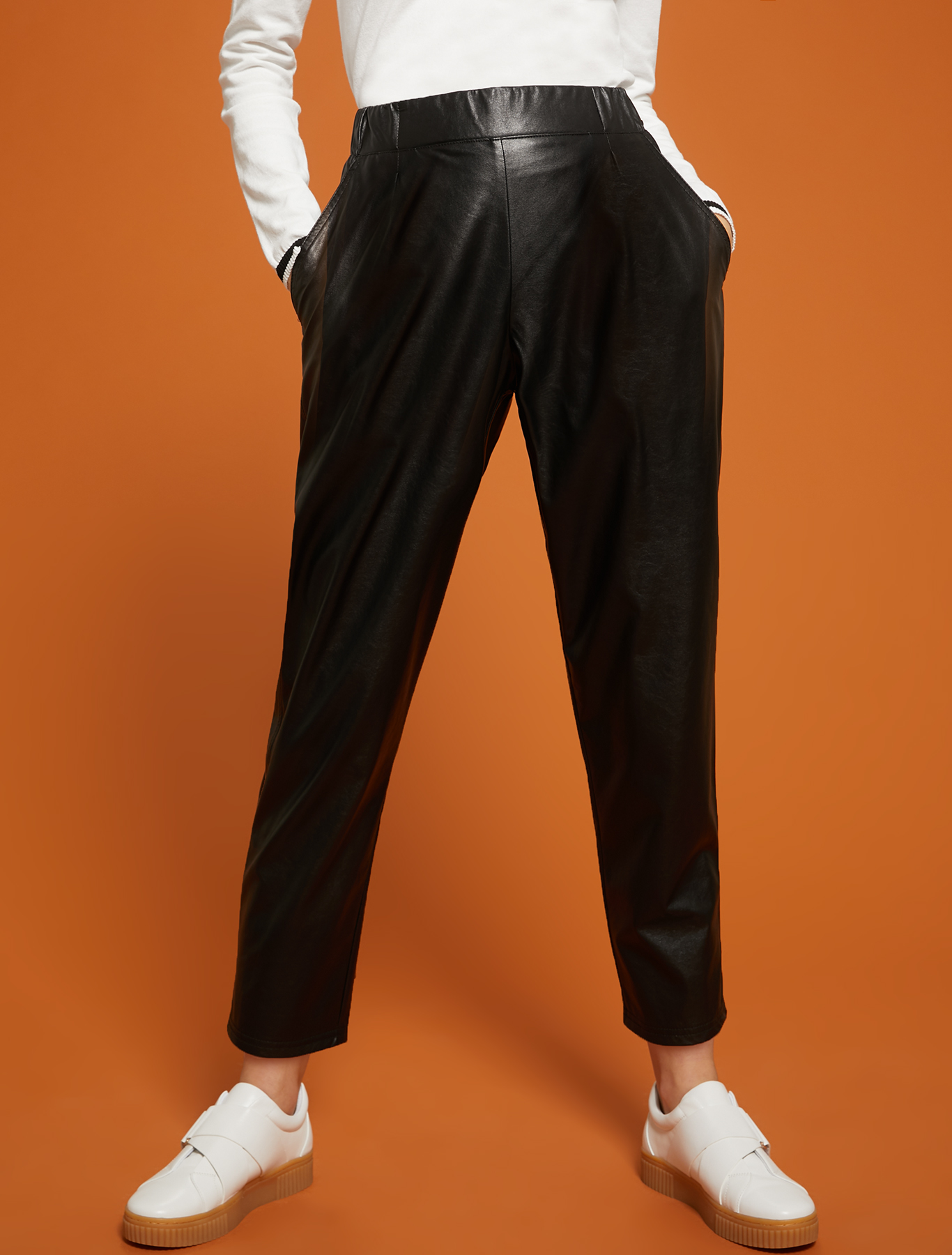 Jersey, carrot-fit trousers - black - pennyblack