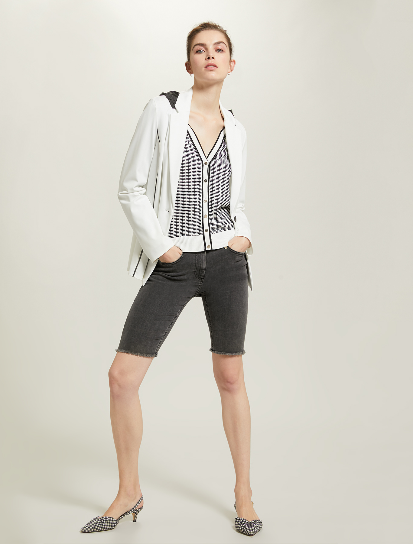Blazer with hood and pouch - white - pennyblack
