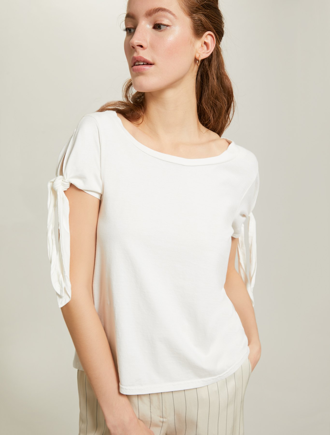 Cotton T-shirt with bows - white - pennyblack