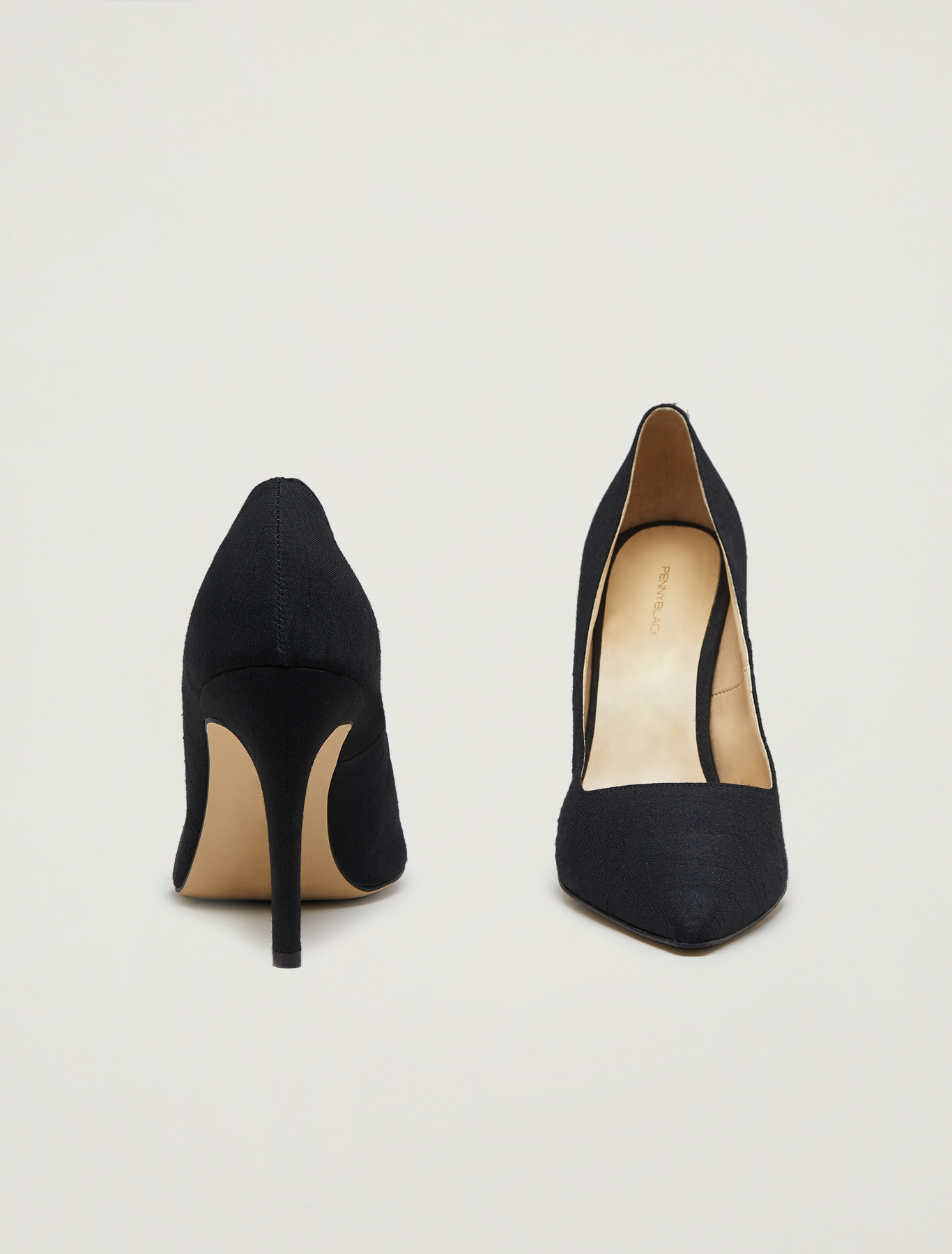 Court shoes in shantung - black - pennyblack