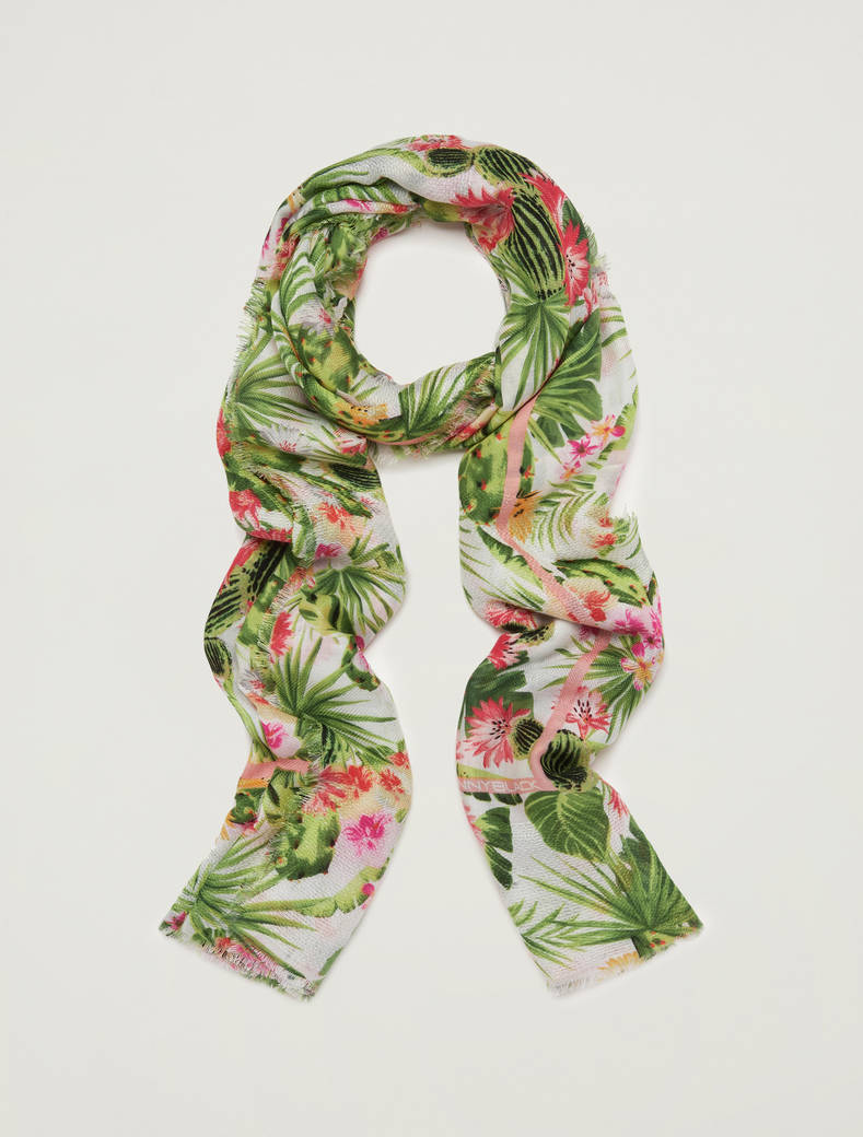 Printed flowing scarf - green - pennyblack