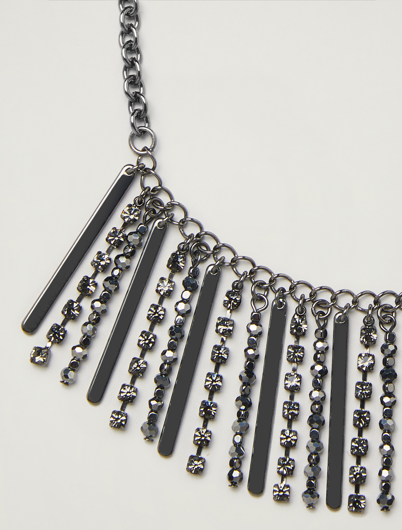 Necklace with rhinestones and baguette beads - light grey - pennyblack