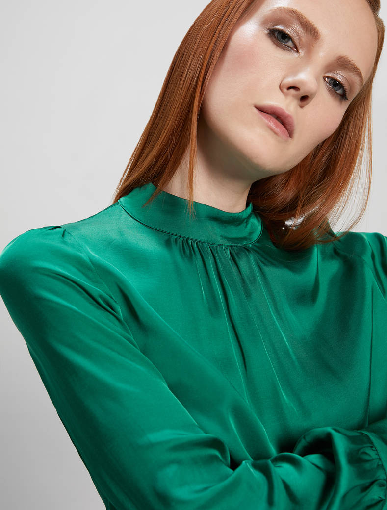 Fluid satin blouse - emerald green - pennyblack