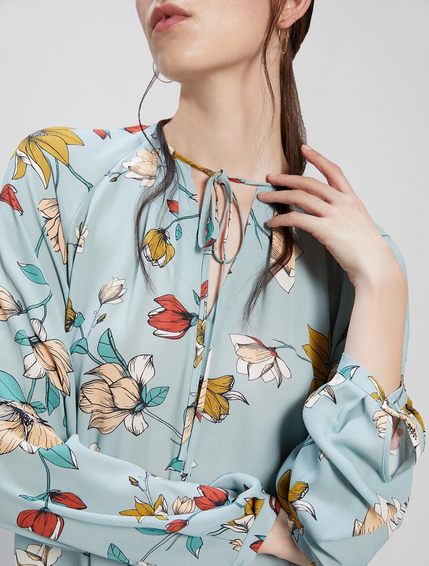 Floral crêpe de Chine blouse - pastel green pattern - pennyblack