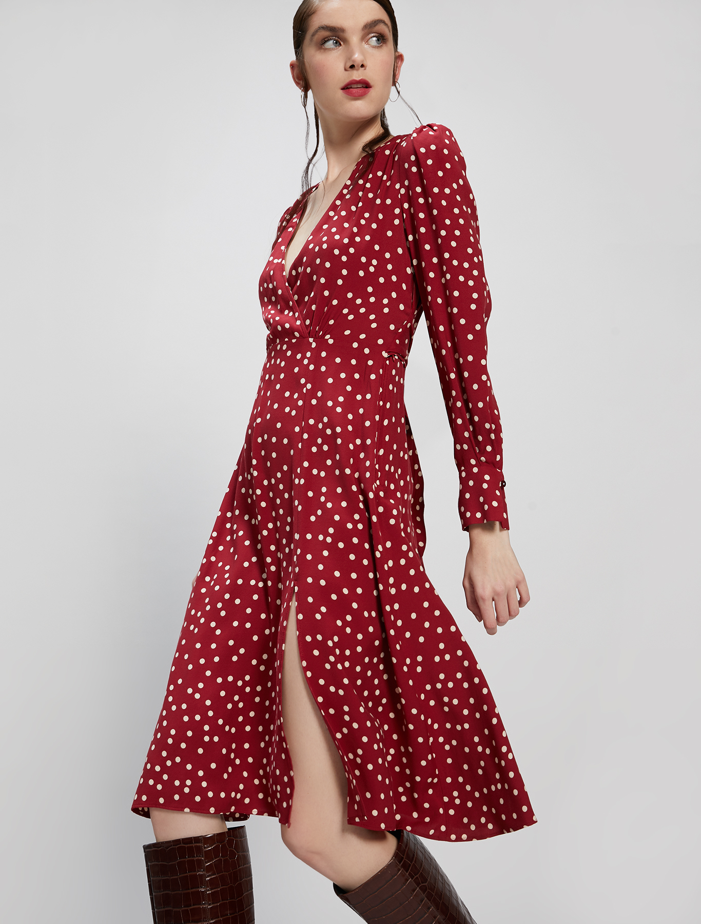 Polka dot sablé dress - burgundy pattern - pennyblack