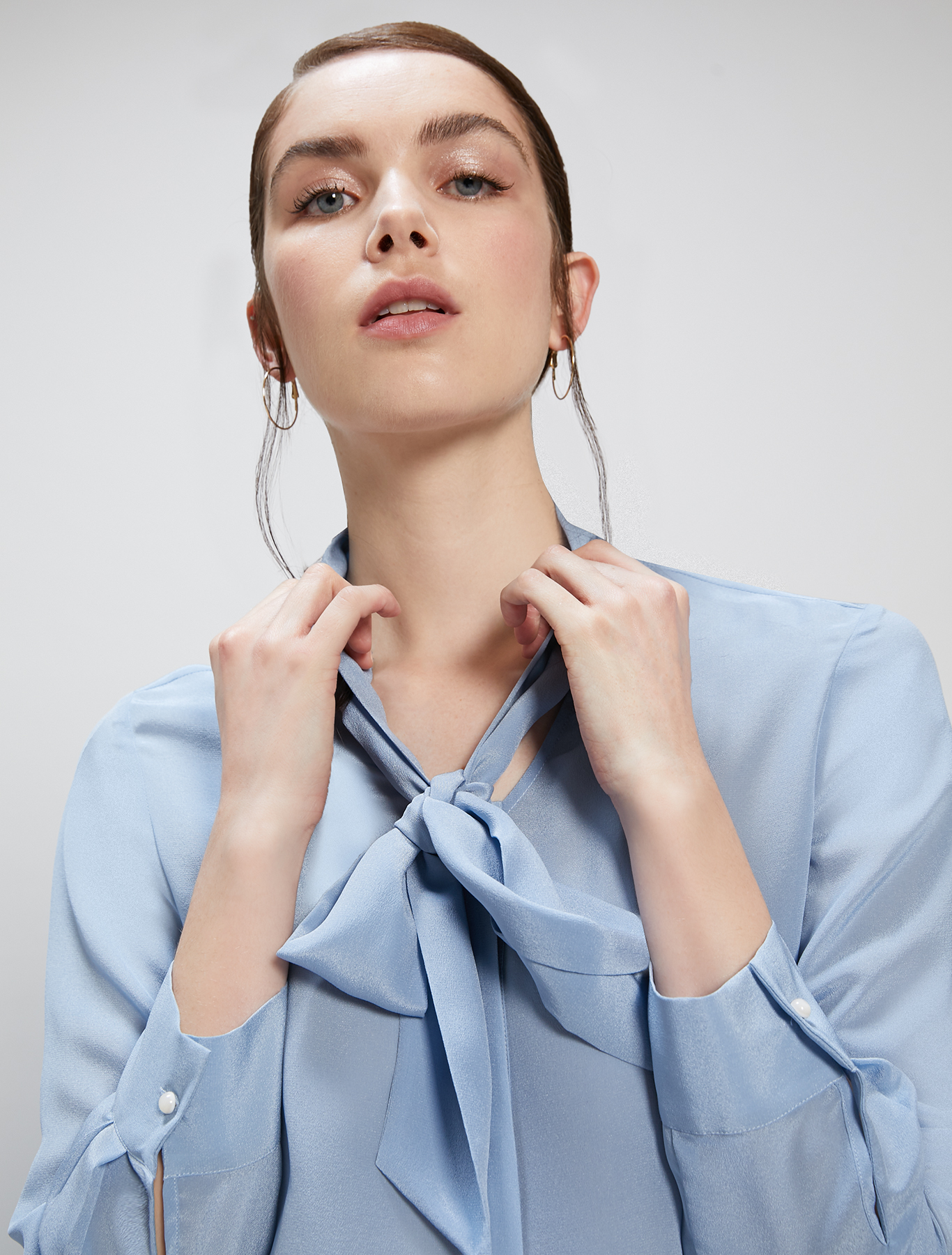 Silk shirt with bow - light blue - pennyblack