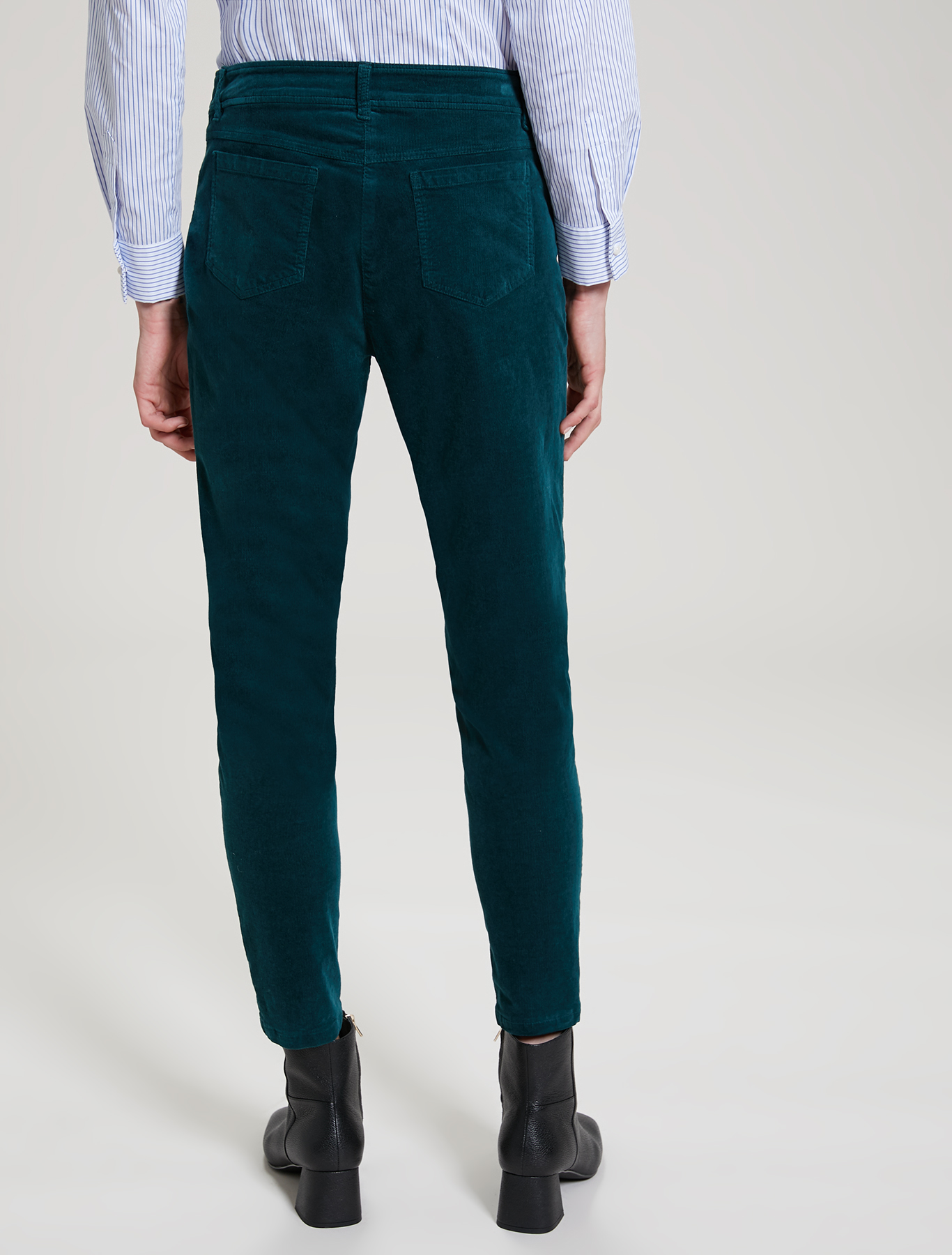 Ribbed velvet trousers - green - pennyblack