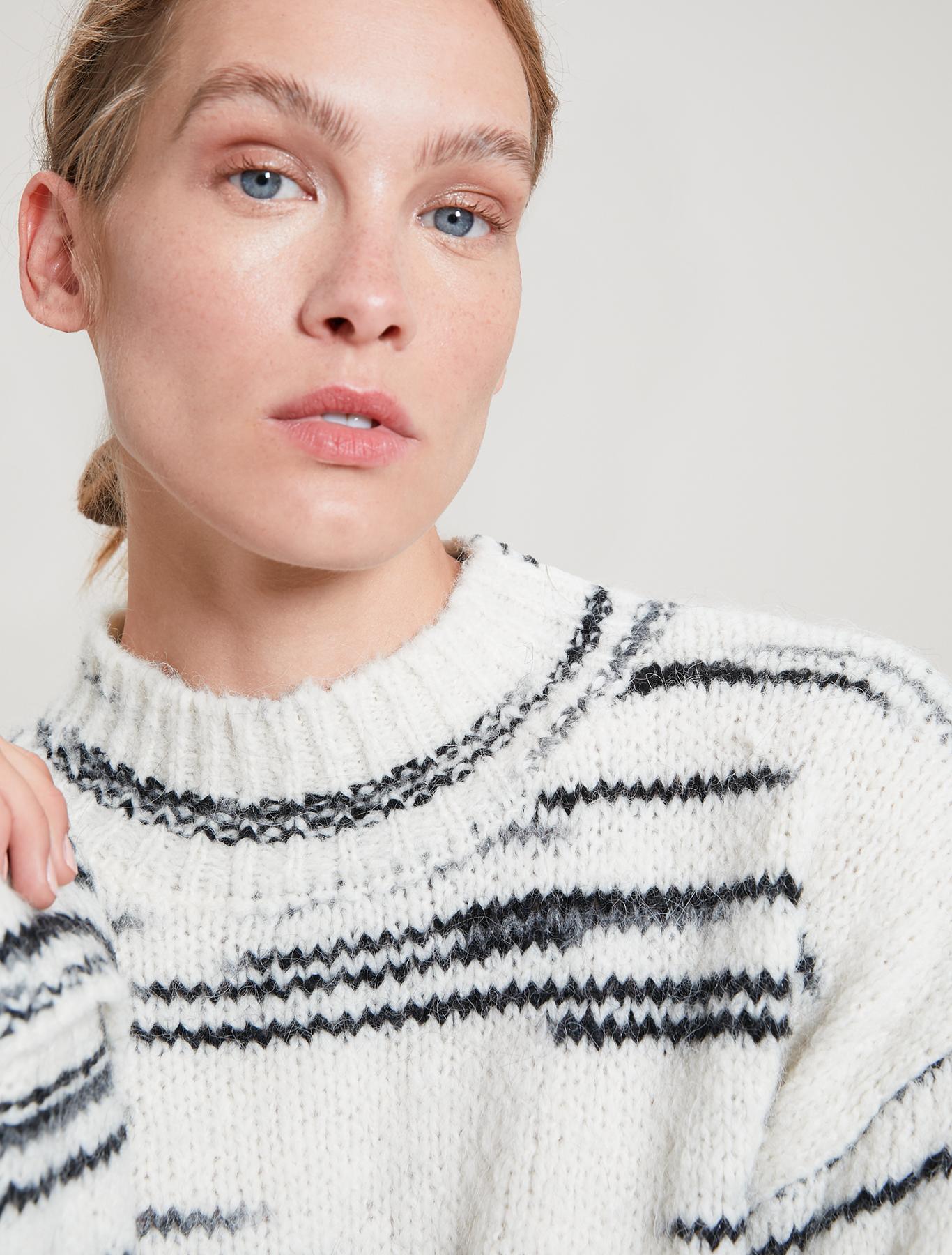 Alpaca-blend intarsia jumper - white pattern - pennyblack