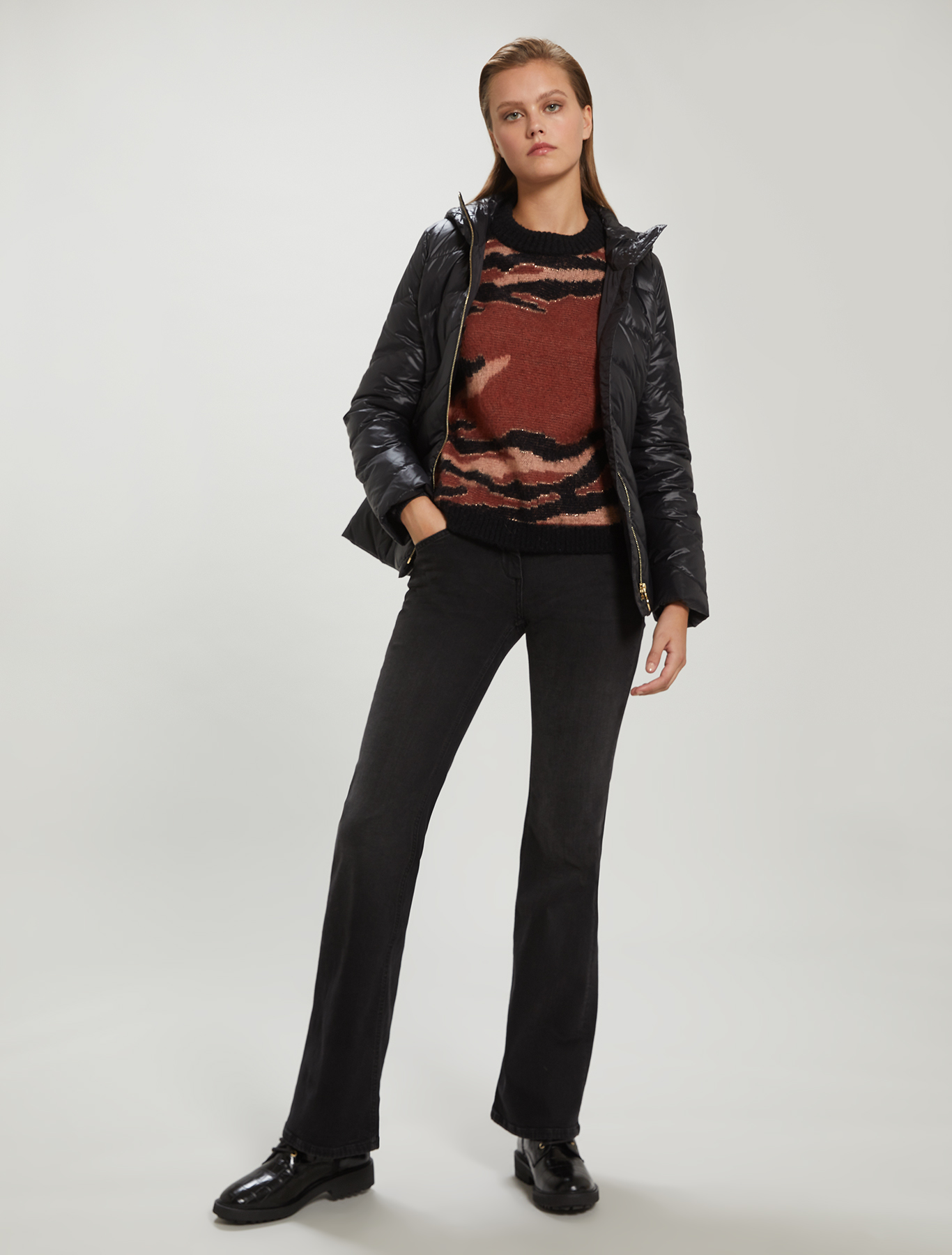 Slim-fit belted down jacket - black - pennyblack