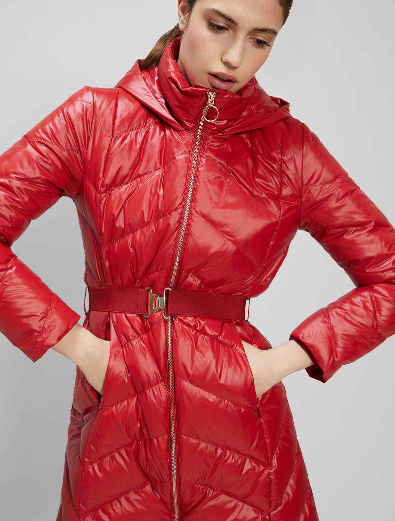 Slim-fit belted down jacket - red - pennyblack