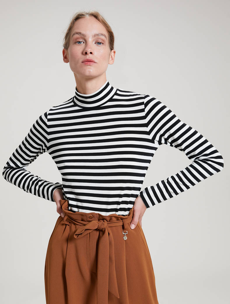 Striped polo neck T-shirt - black pattern - pennyblack