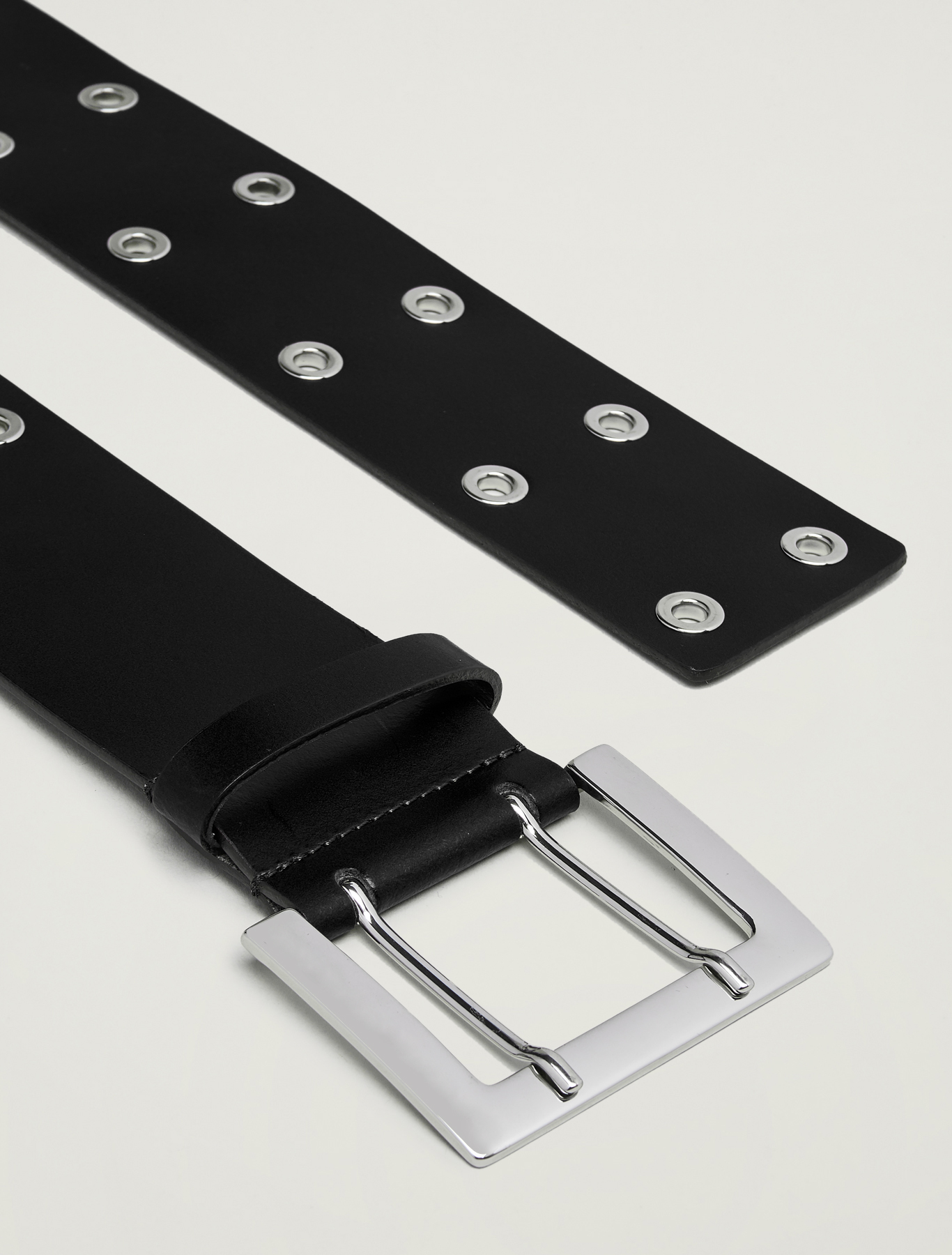 Wide studded belt - black - pennyblack