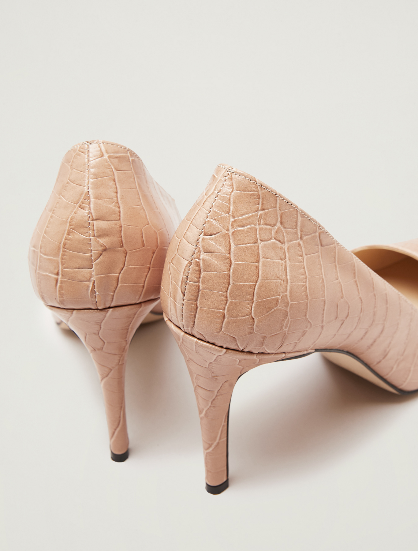 Crocodile-print leather court shoes - beige - pennyblack