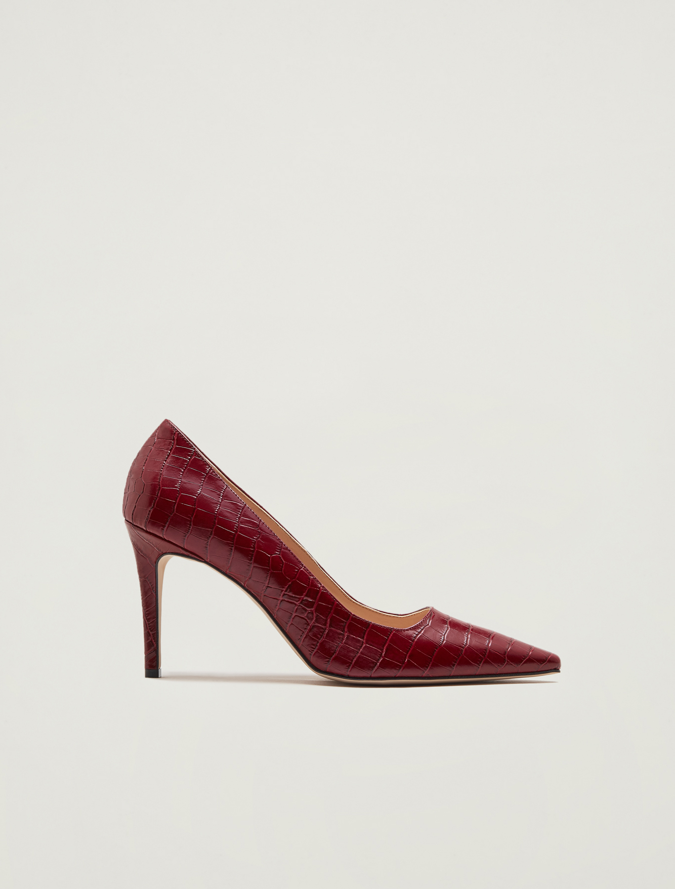Crocodile-print leather court shoes - red - pennyblack