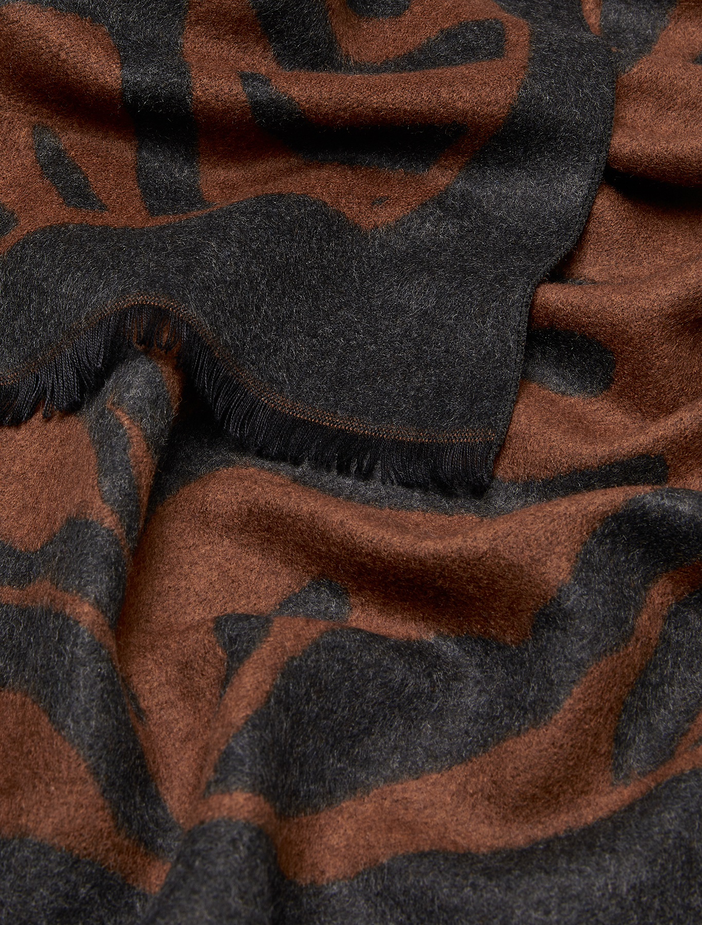 Jacquard stole - brown - pennyblack