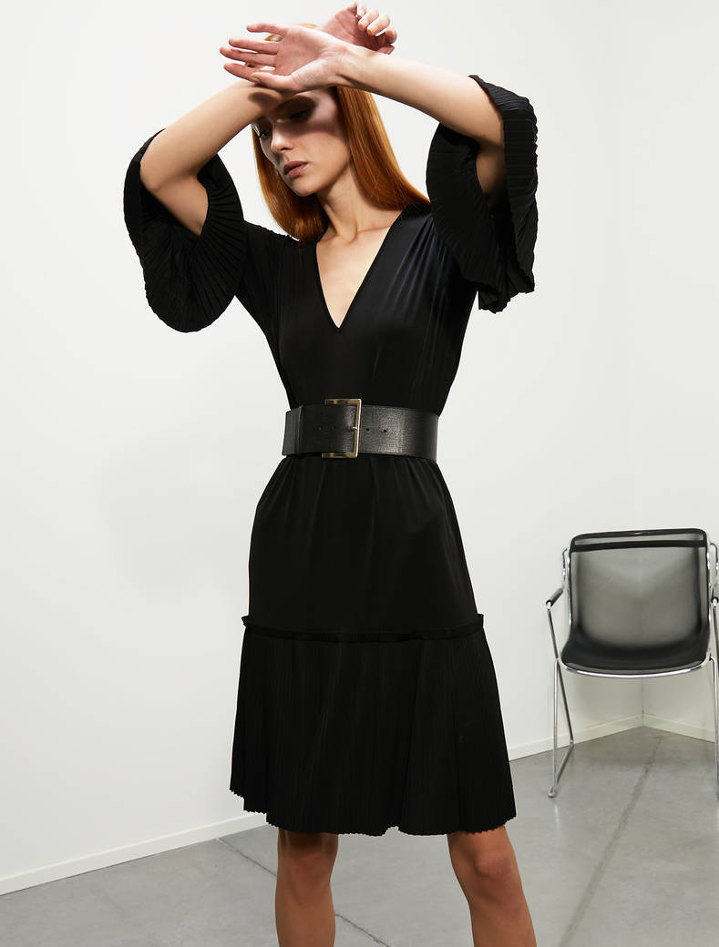 Pleated jersey dress - black - pennyblack