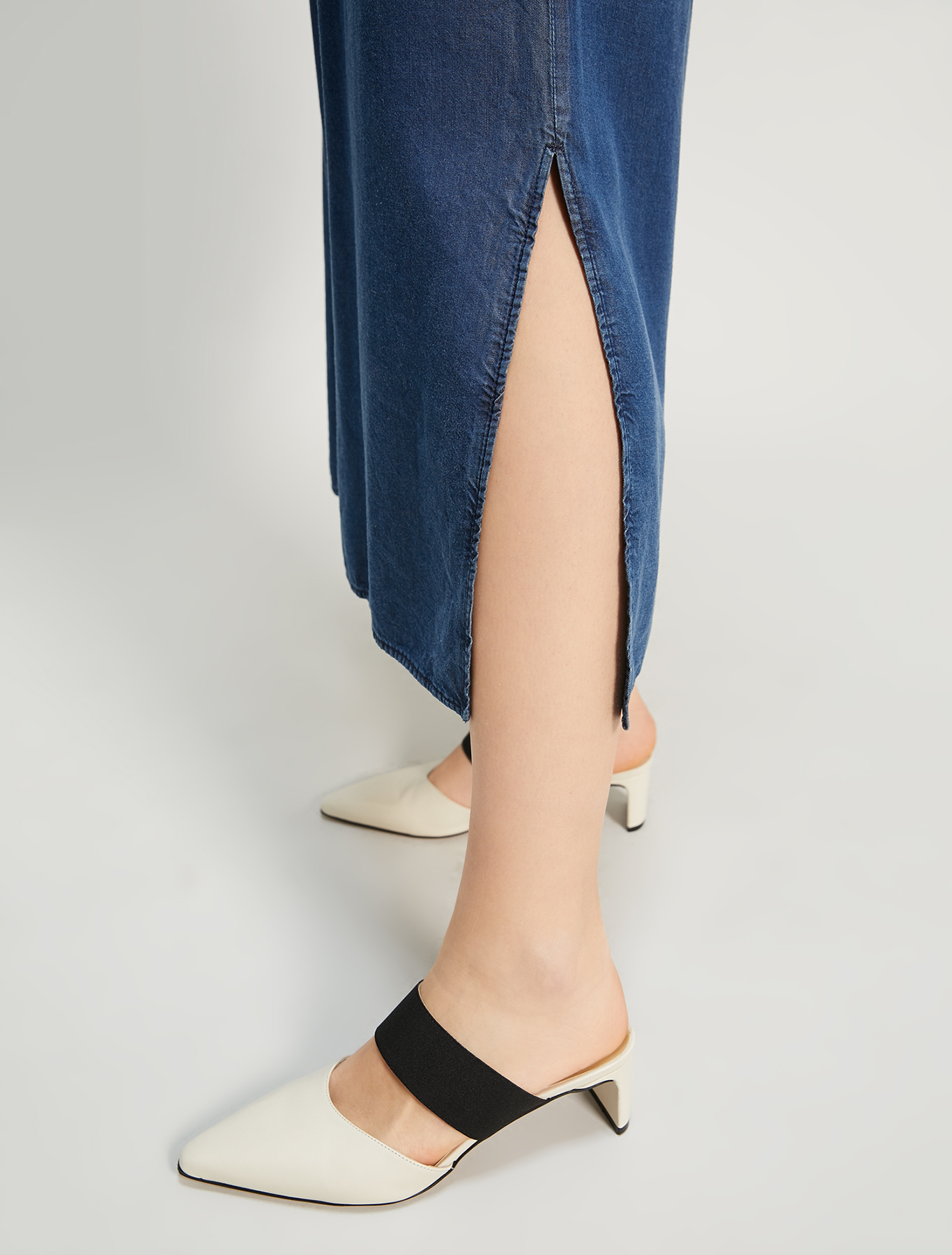 Wide, fluid jeans - navy blue - pennyblack