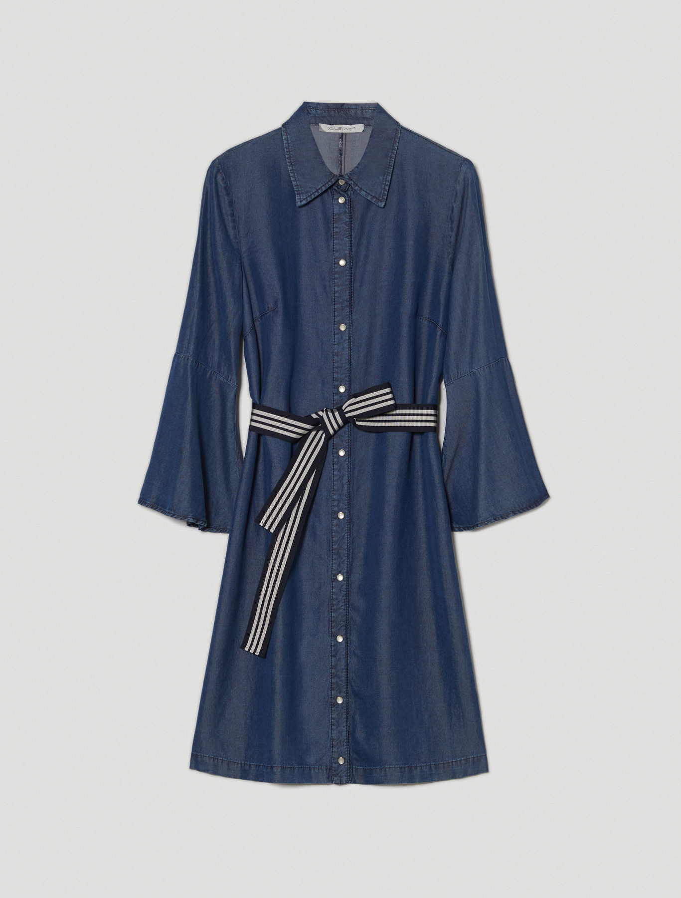 Flowing denim shirt dress - navy blue - pennyblack