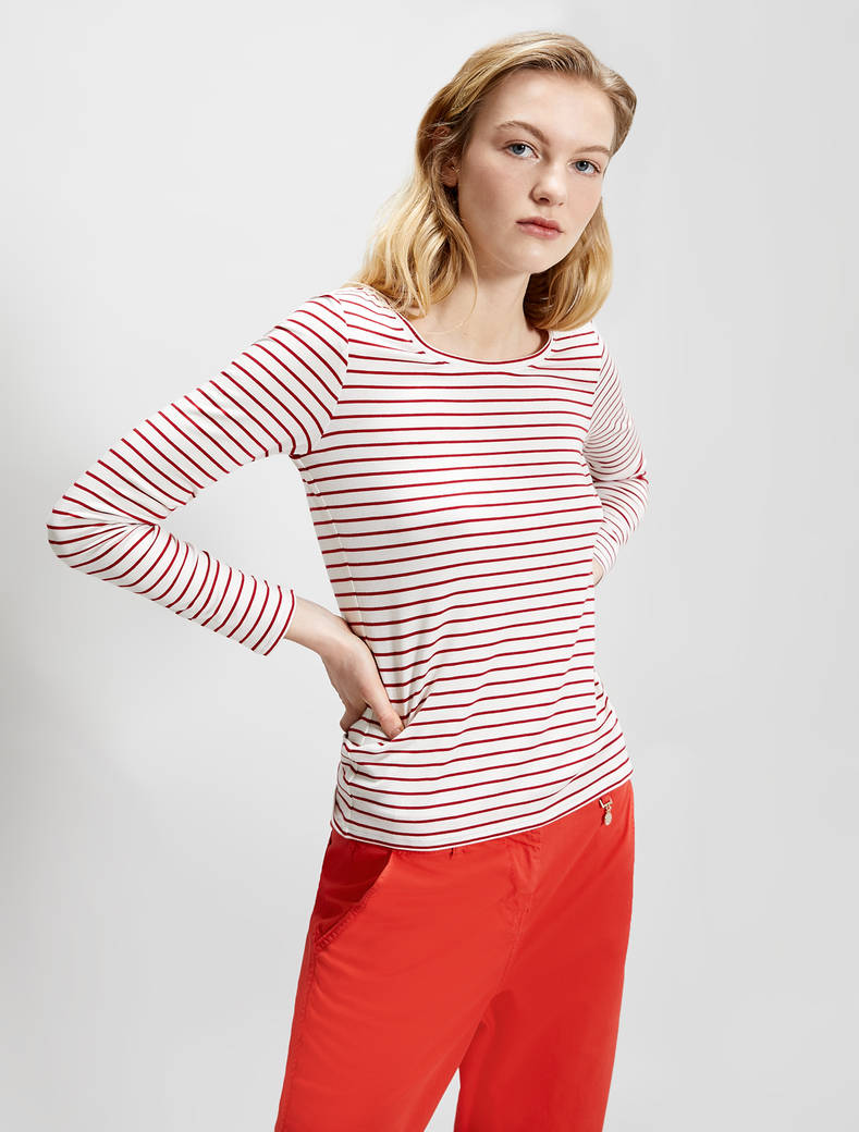 Flowing jersey T-shirt - red pattern - pennyblack