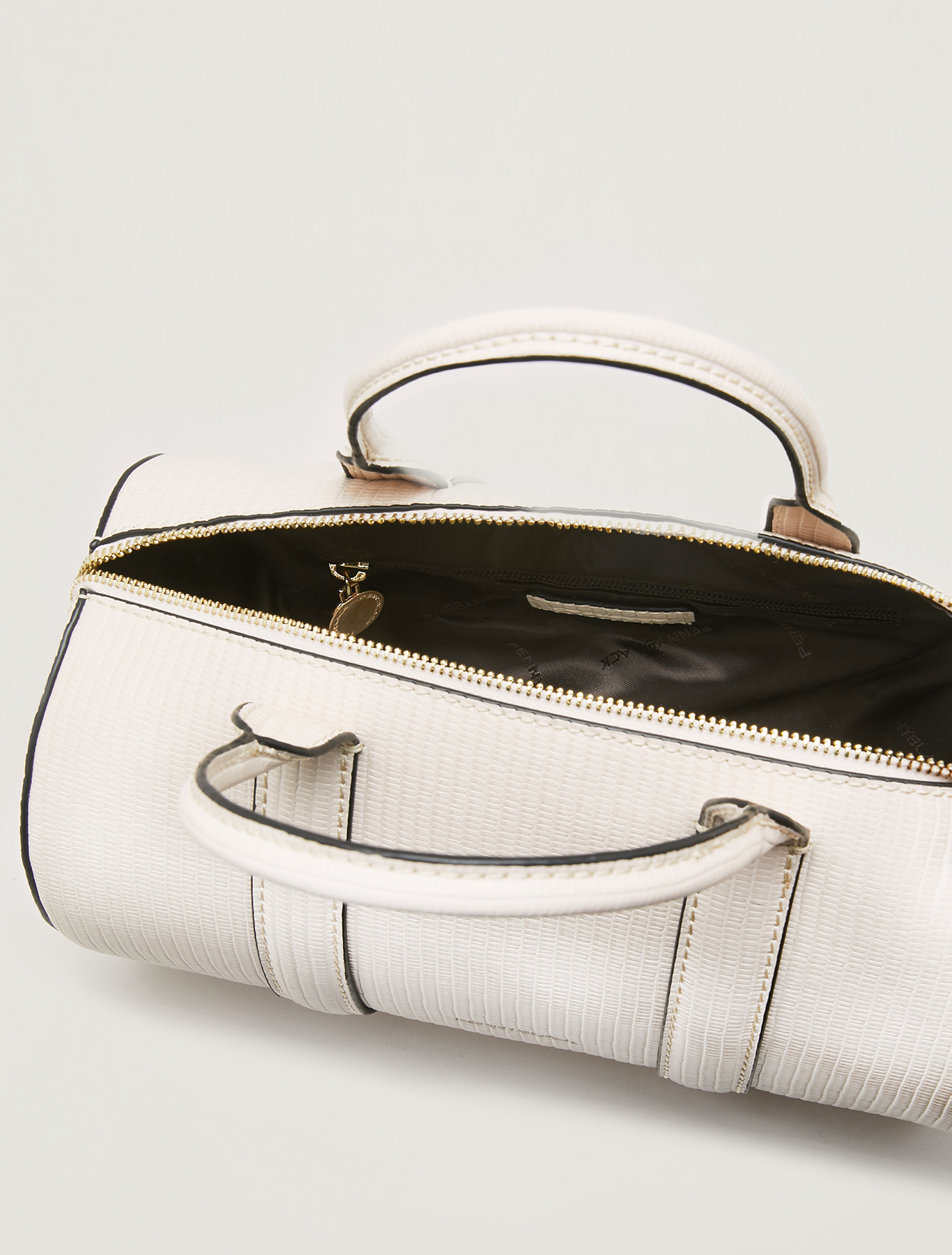 Barrel bag with lizard print - beige - pennyblack