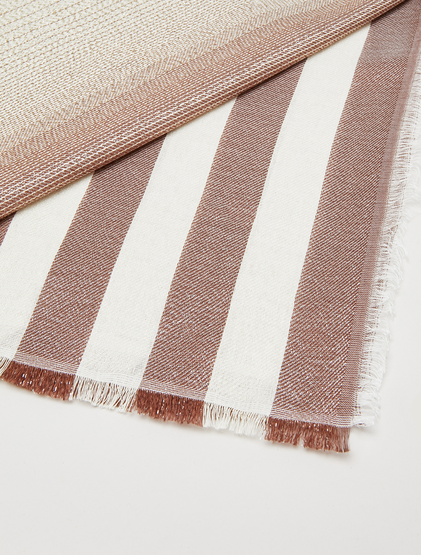 Striped stole with lamé - beige - pennyblack