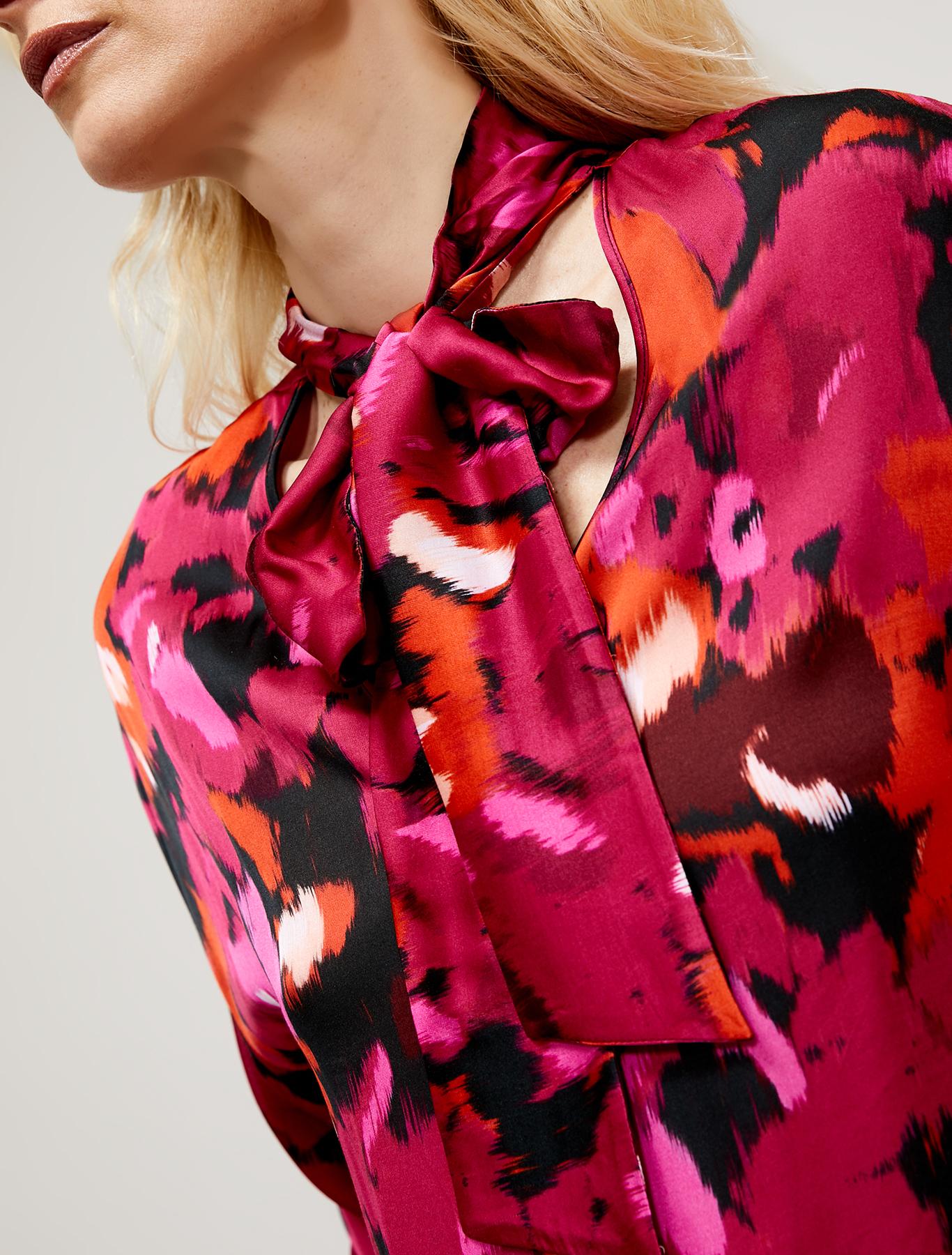 Fluid satin blouse - fuchsia pattern - pennyblack