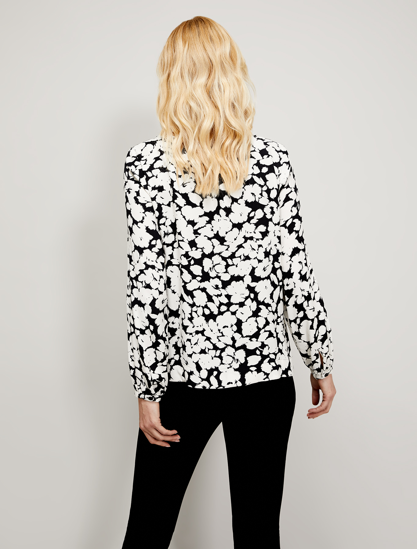 Black & white sablé blouse - black pattern - pennyblack