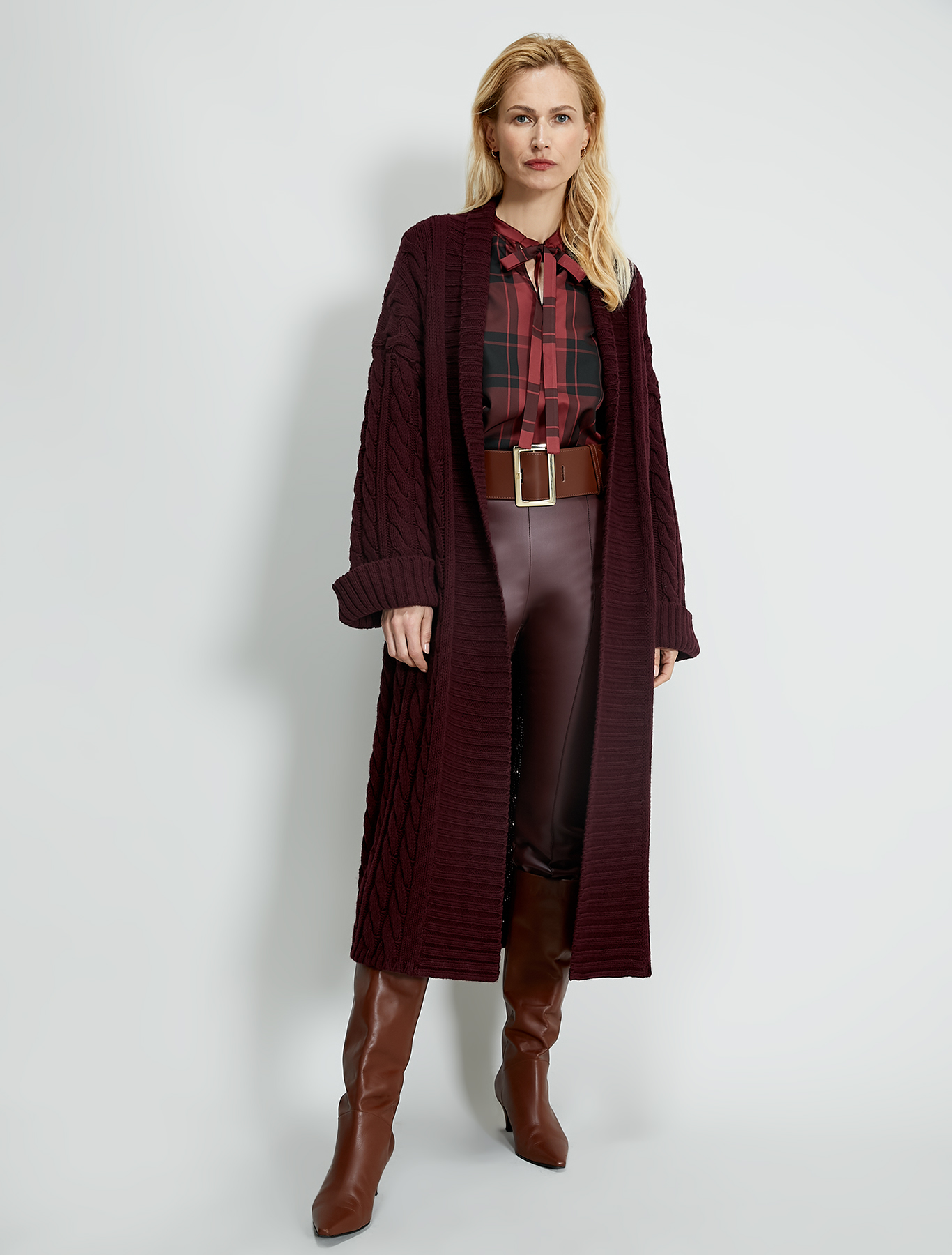 Jersey coated trousers - burgundy - pennyblack
